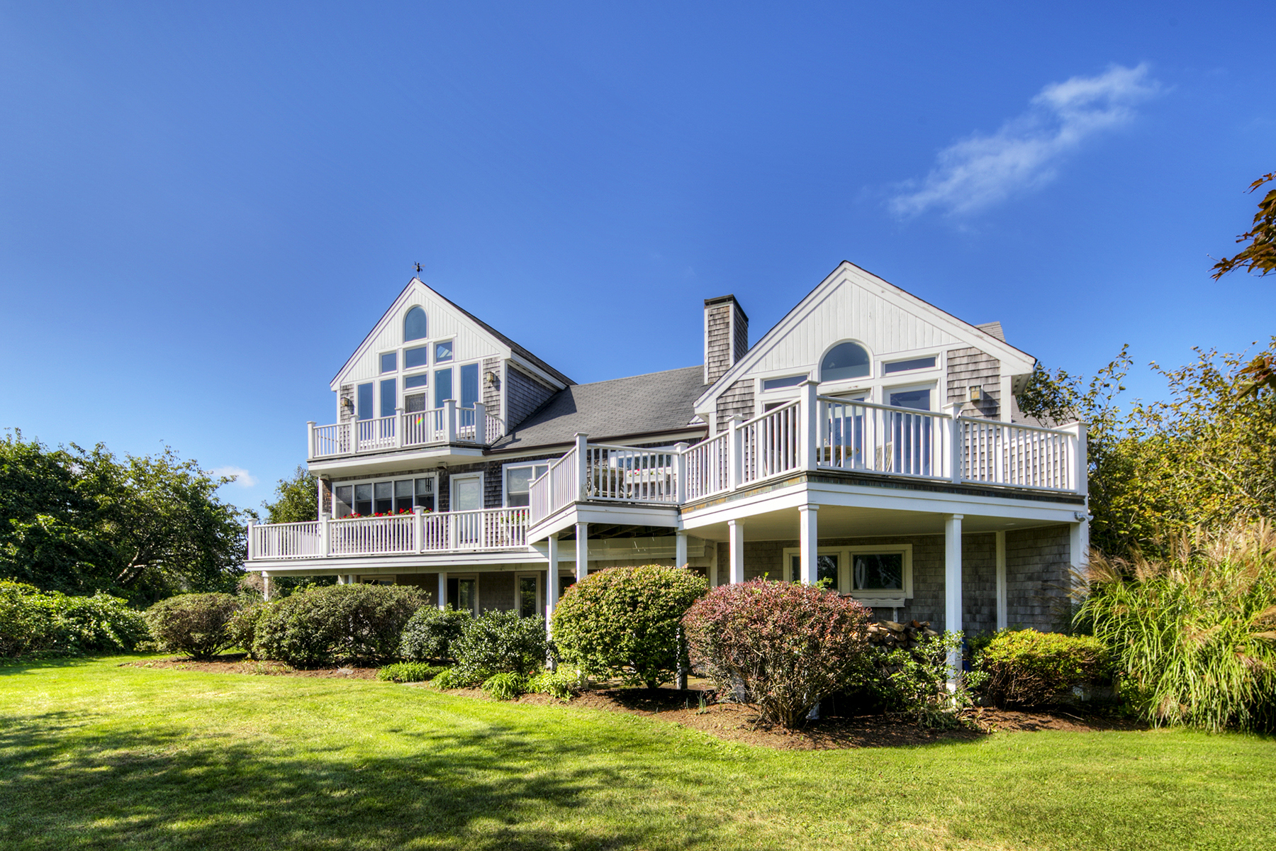 Single Family Home for Sale at Privacy on Easton's Point 71 Ashurst Avenue Middletown, Rhode Island 02842 United States