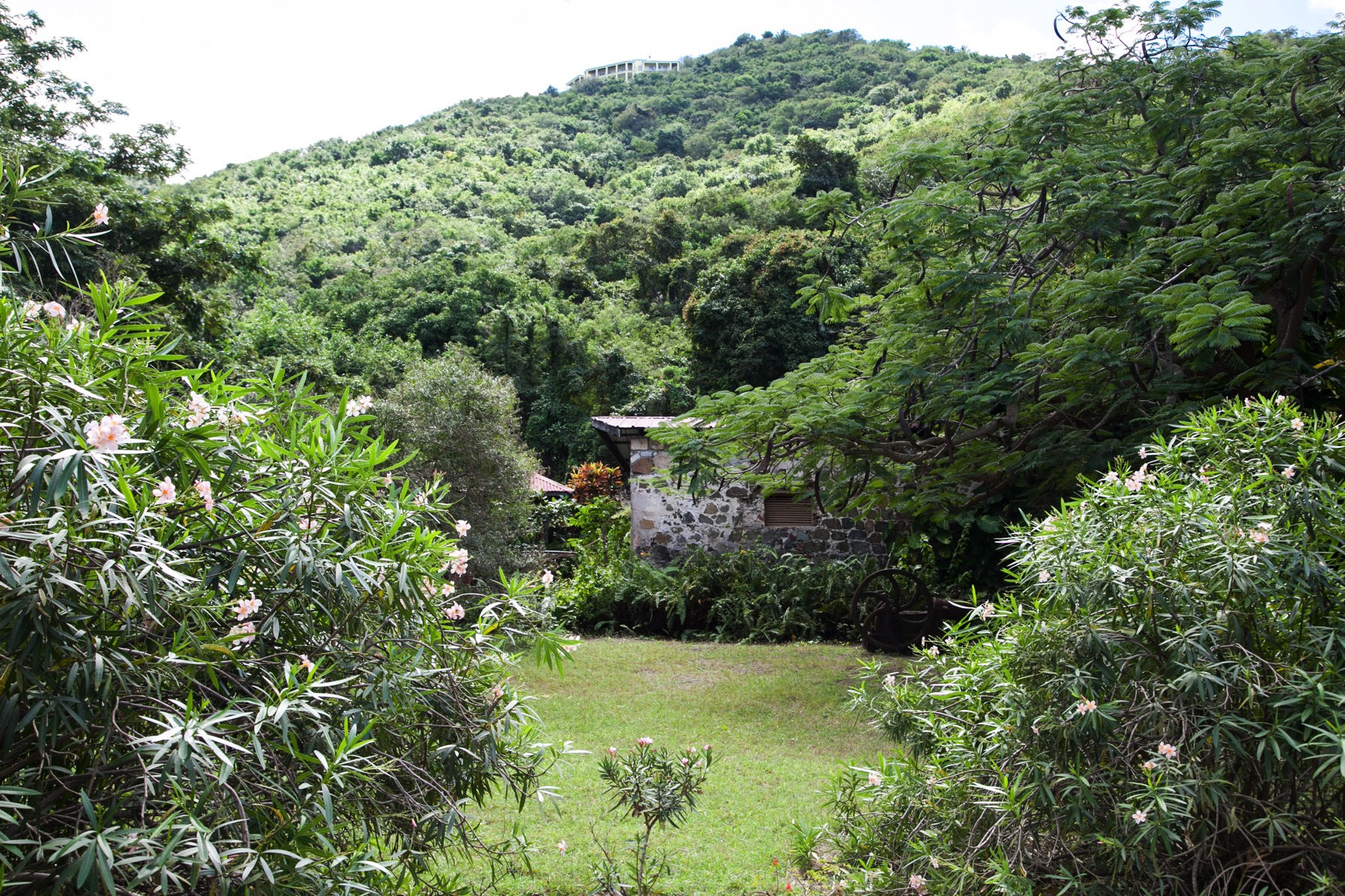 Additional photo for property listing at Josiah's Secret Josiahs Bay, Tortola Ilhas Virgens Britânicas