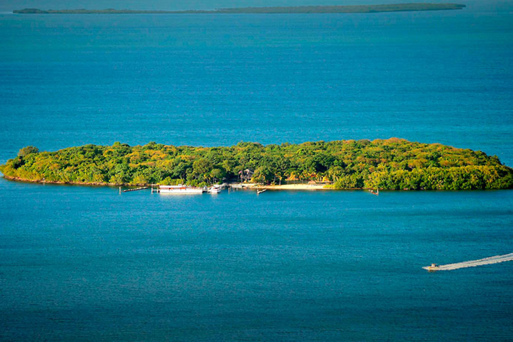 Additional photo for property listing at Pumpkin Key - Private Island in the Florida Keys  Key Largo, Florida 33037 Stati Uniti