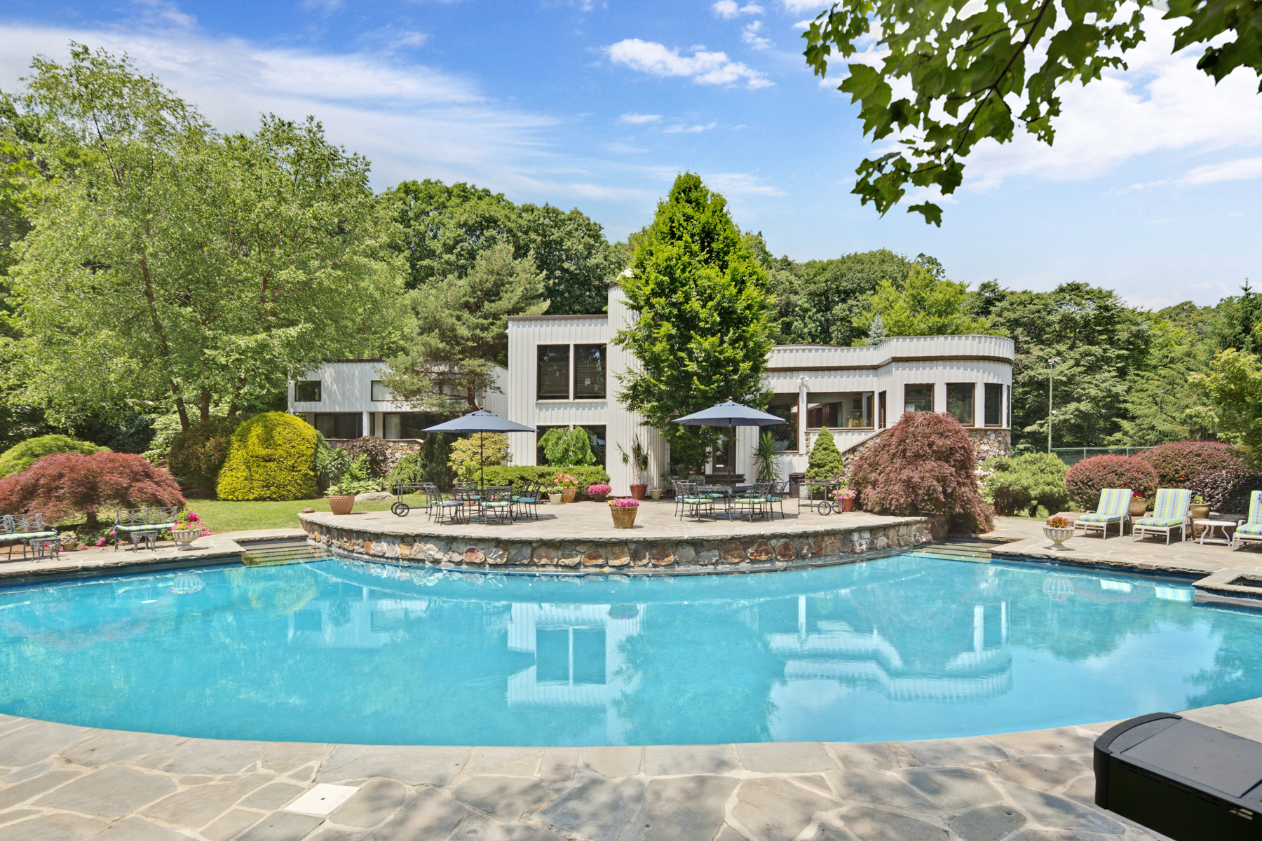 Single Family Home for Sale at Exceptional Custom Contemporary 289-2 Mt Harmony Road Bernardsville, New Jersey, 07924 United States