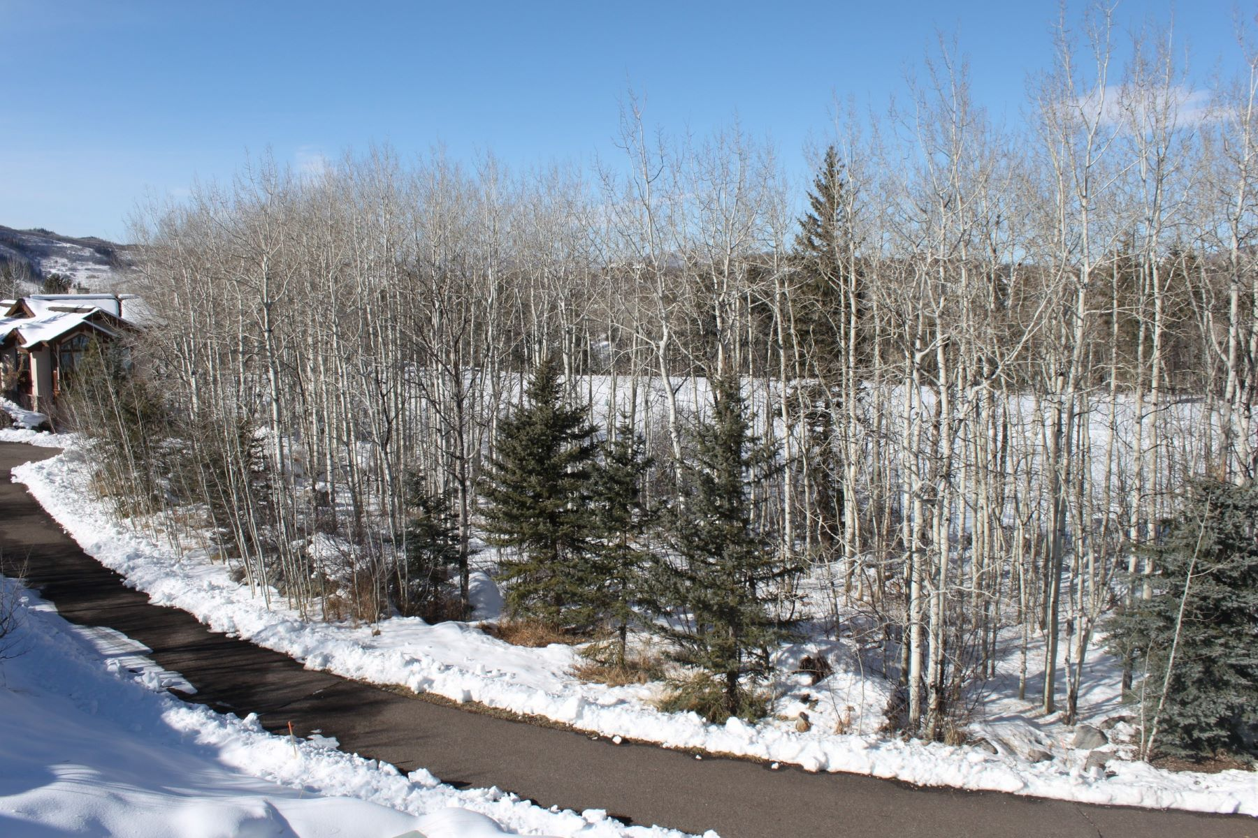 Additional photo for property listing at Sanctaury 1267 Steamboat Blvd. Steamboat Springs, Colorado 80487 Estados Unidos