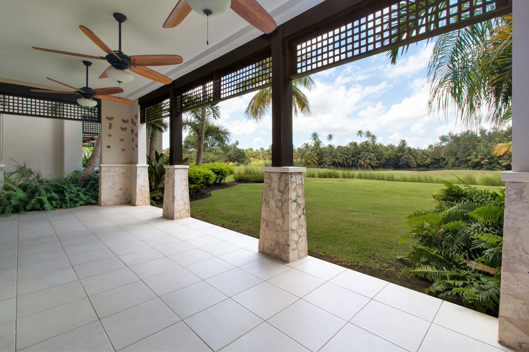 Additional photo for property listing at Ground Level Villa at Las Verandas 10182 Las Verandas State Road 187, Km. 4.2 St Regis, Bahia Beach Bahia Beach, Puerto Rico 00745 Puerto Rico