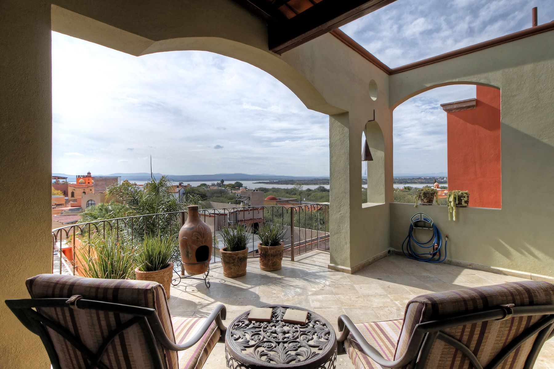 Additional photo for property listing at Casa San Miguelito Los Frailes, San Miguel De Allende, Guanajuato Mexico