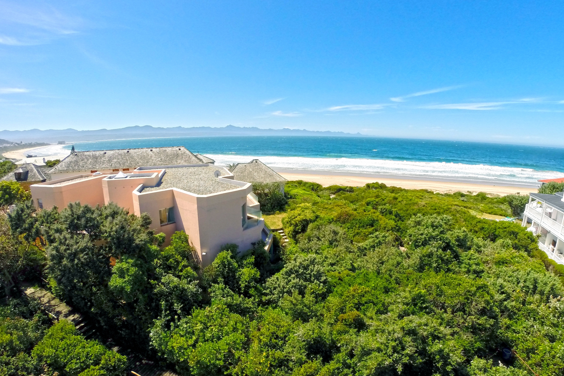 Maison unifamiliale pour l Vente à Beach Living Plettenberg Bay, Cap-Occidental, 6600 Afrique Du Sud