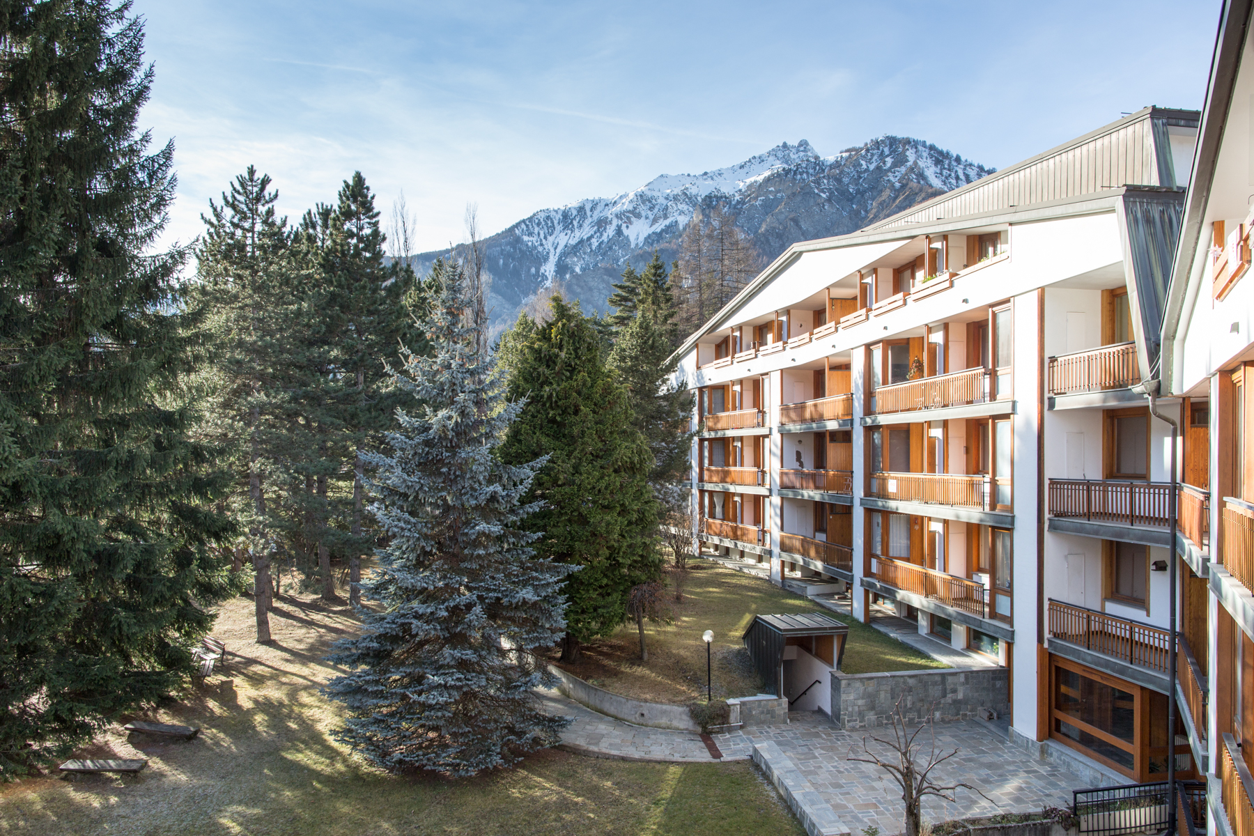 Additional photo for property listing at Cozy apartment in Bardonecchia Viale della Vittoria Bardonecchia, Turin 10052 Italien