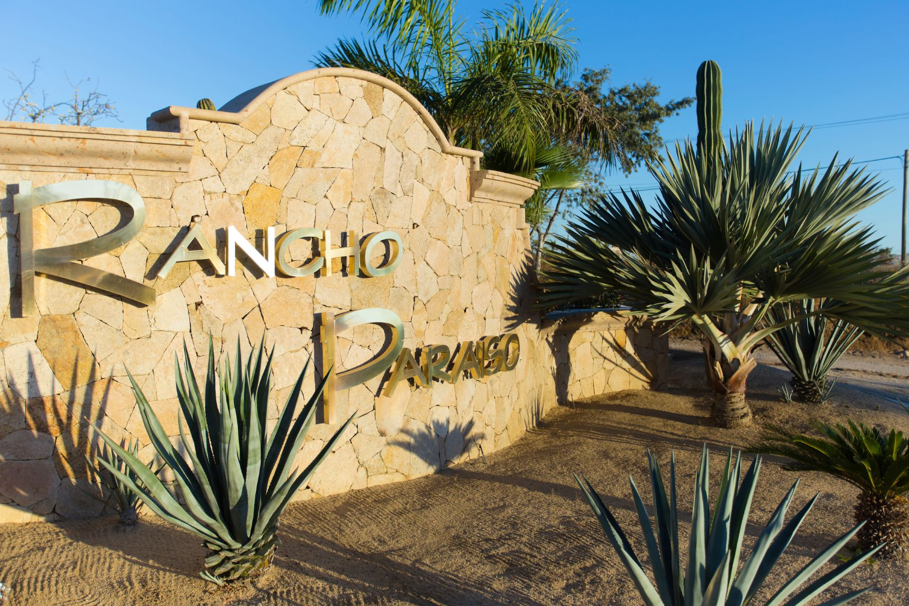 Additional photo for property listing at Rancho Paraiso Heights E-13 Cabo San Lucas, Baja California Sur México