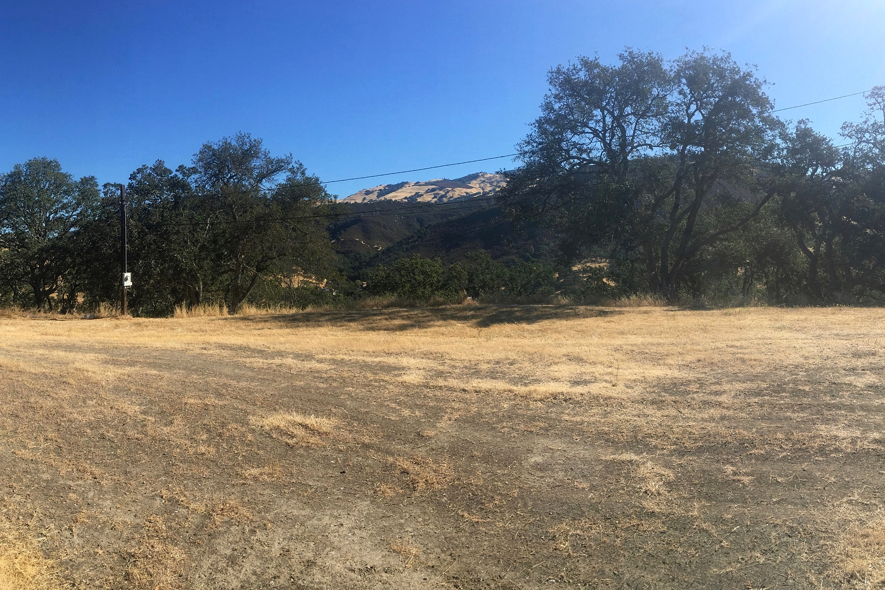 Additional photo for property listing at Spectacular Breathtaking Views 0000 Caballo Ranchero Drive Diablo, California 94528 United States