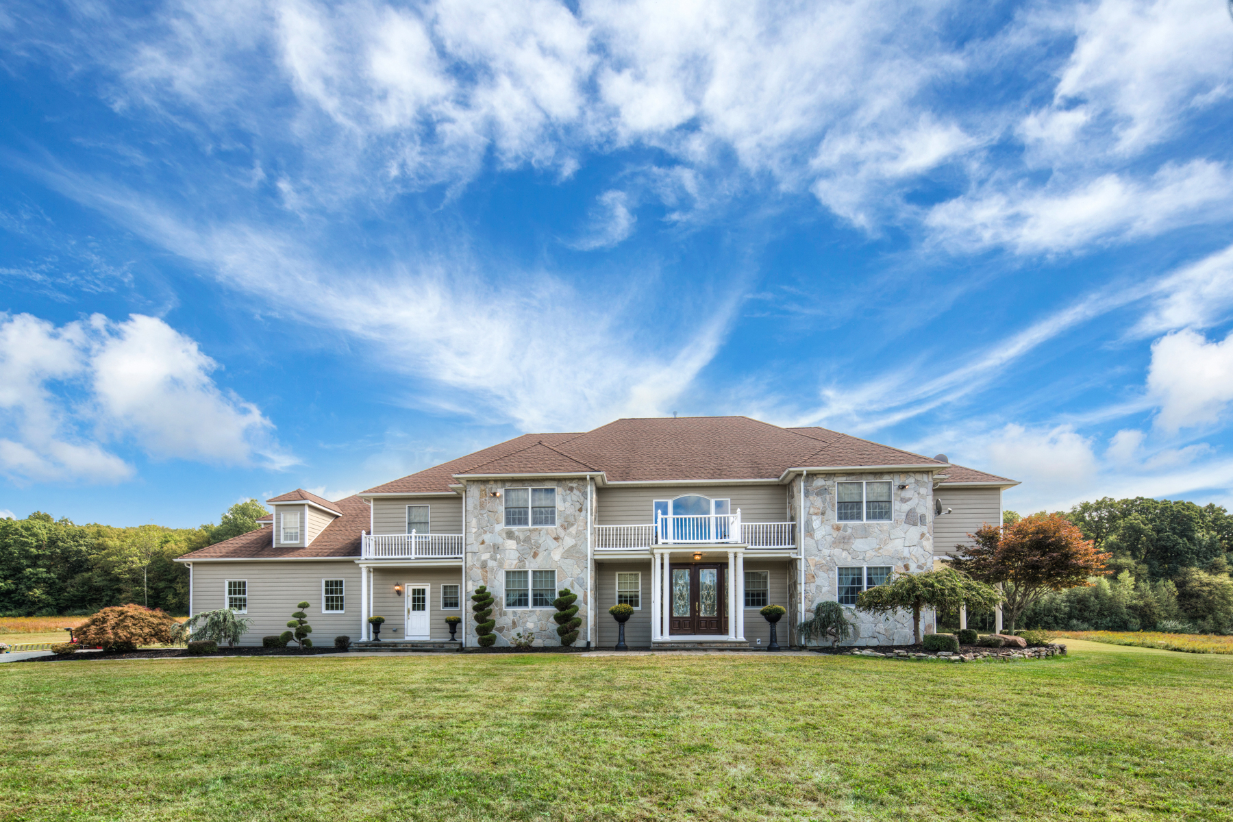 Частный односемейный дом для того Продажа на Truly Impressive 464 Mount Bethel Road Oxford, 07863 Соединенные Штаты