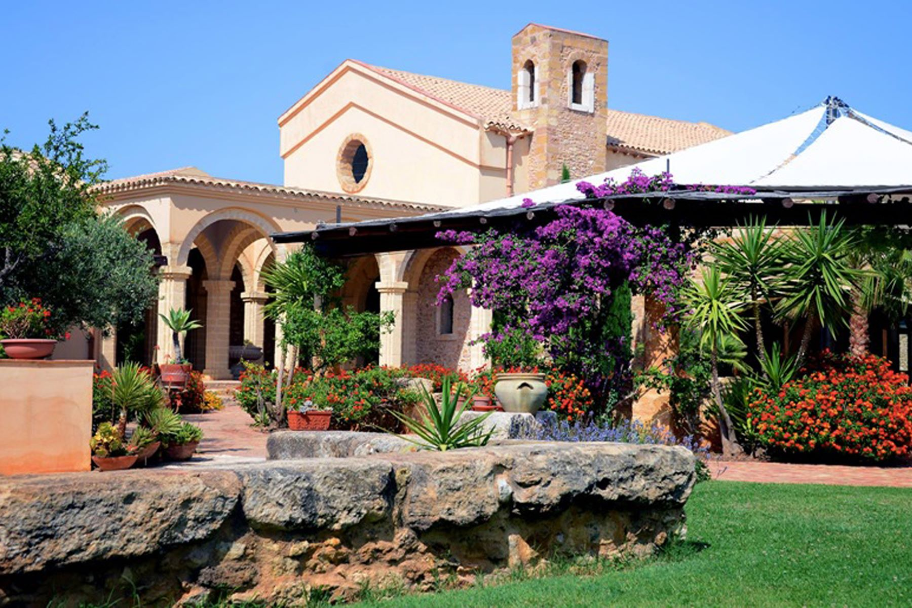 Additional photo for property listing at Magnificent Sicilian wine estate Contrada San Vincenzo Menfi, Agrigento 92013 Italia