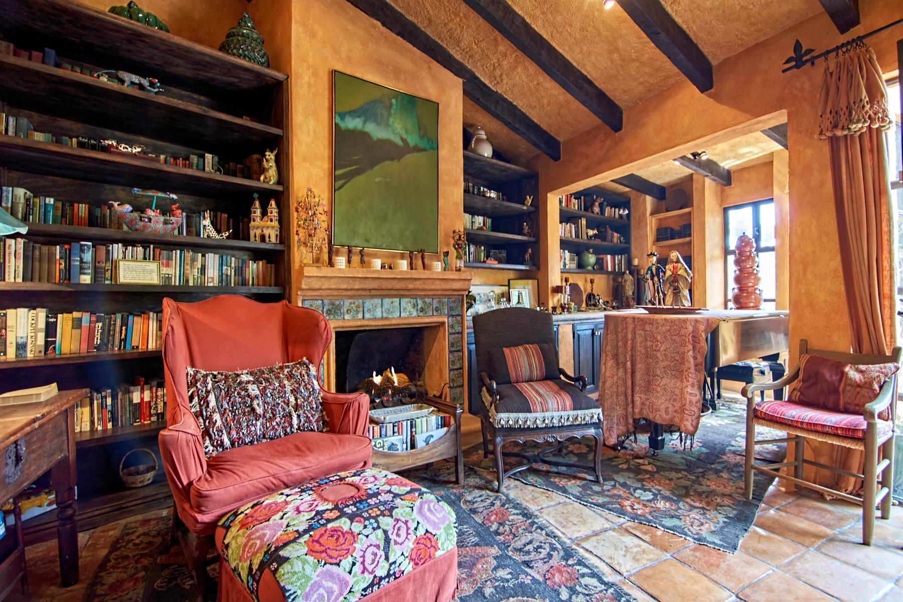 一戸建て のために 売買 アット Casa Colonial Salida a Queretaro 40, San Miguel De Allende, Guanajuato, 37700 メキシコ