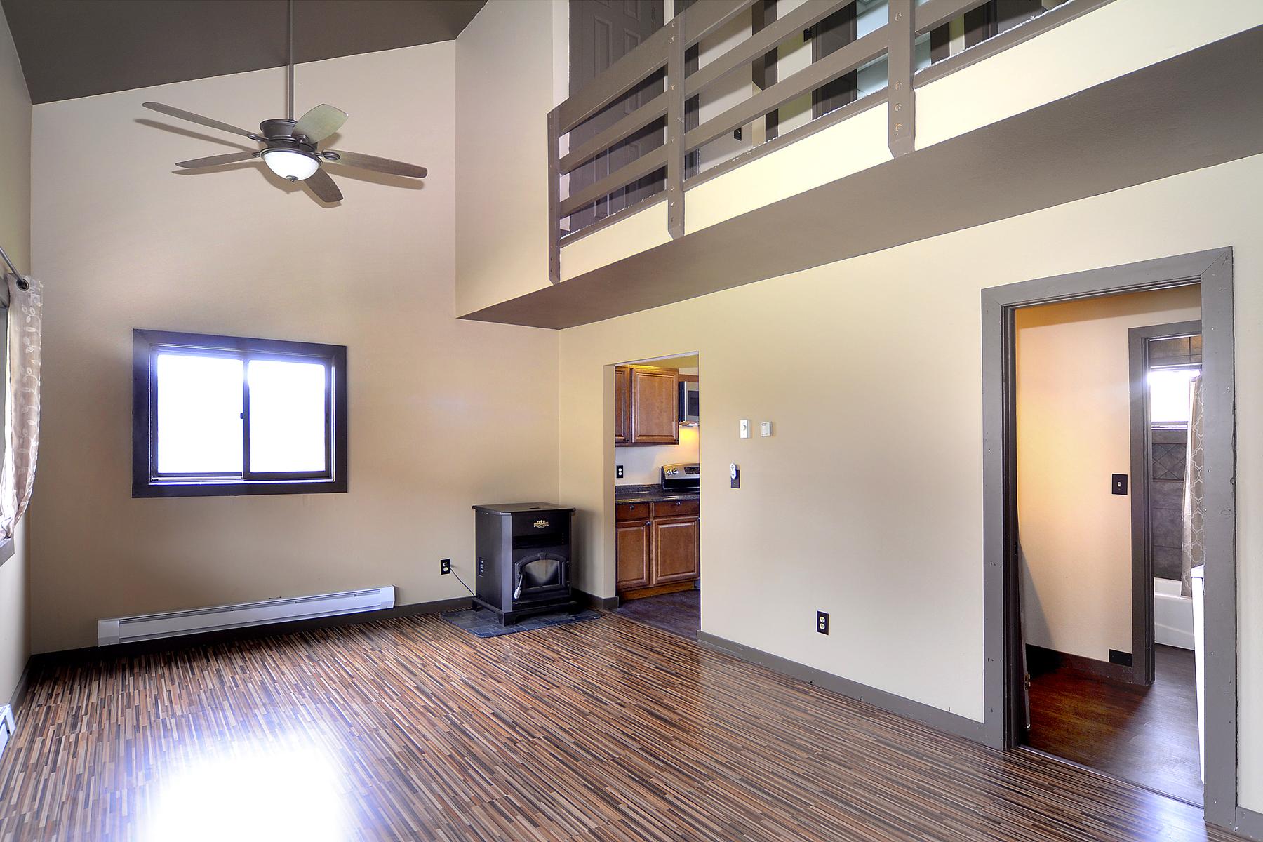 sales property at Elk Ridge Condo