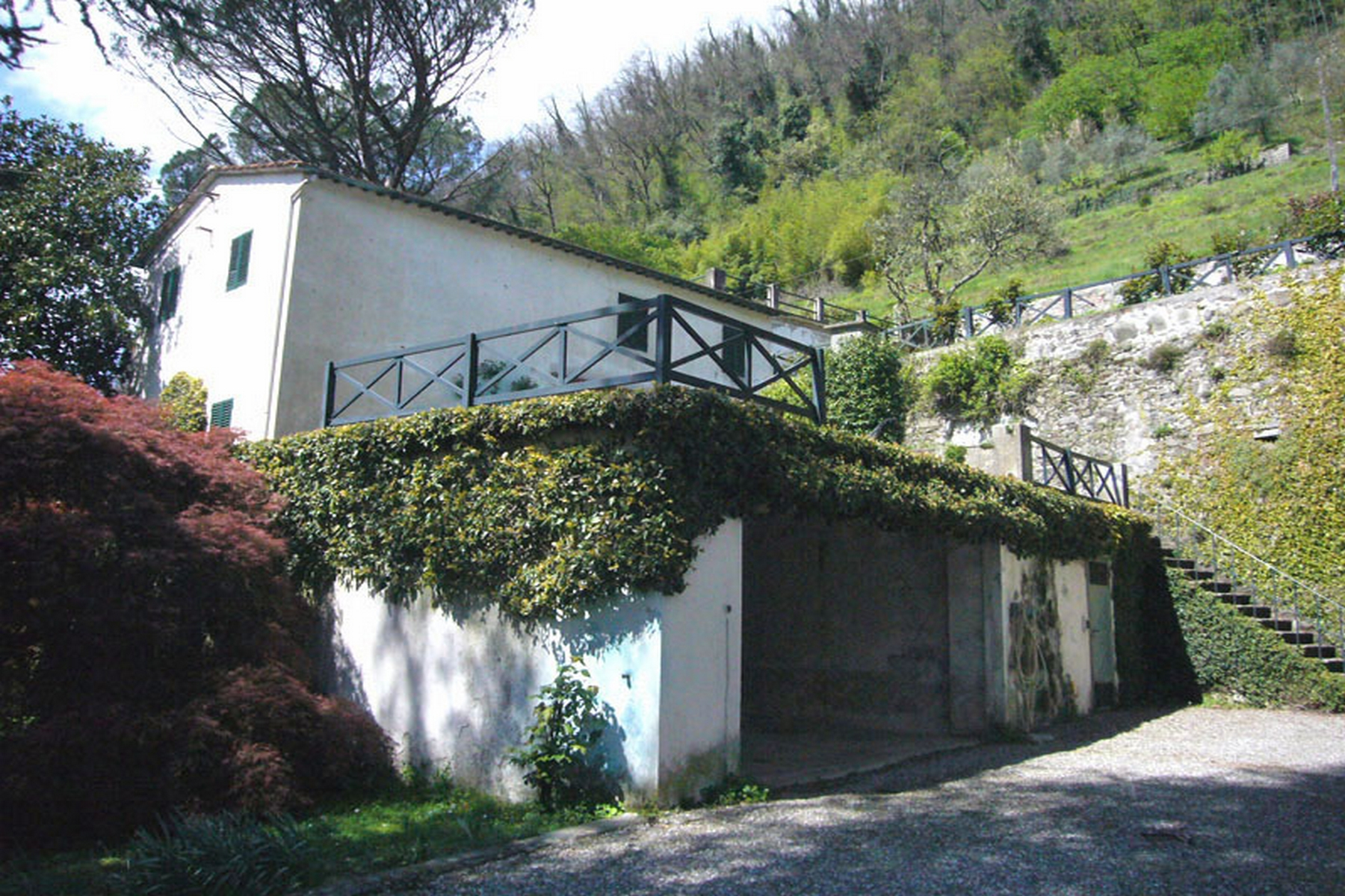 Additional photo for property listing at Beautiful villa to be restored Bagni Di Lucca, Lucca Italien