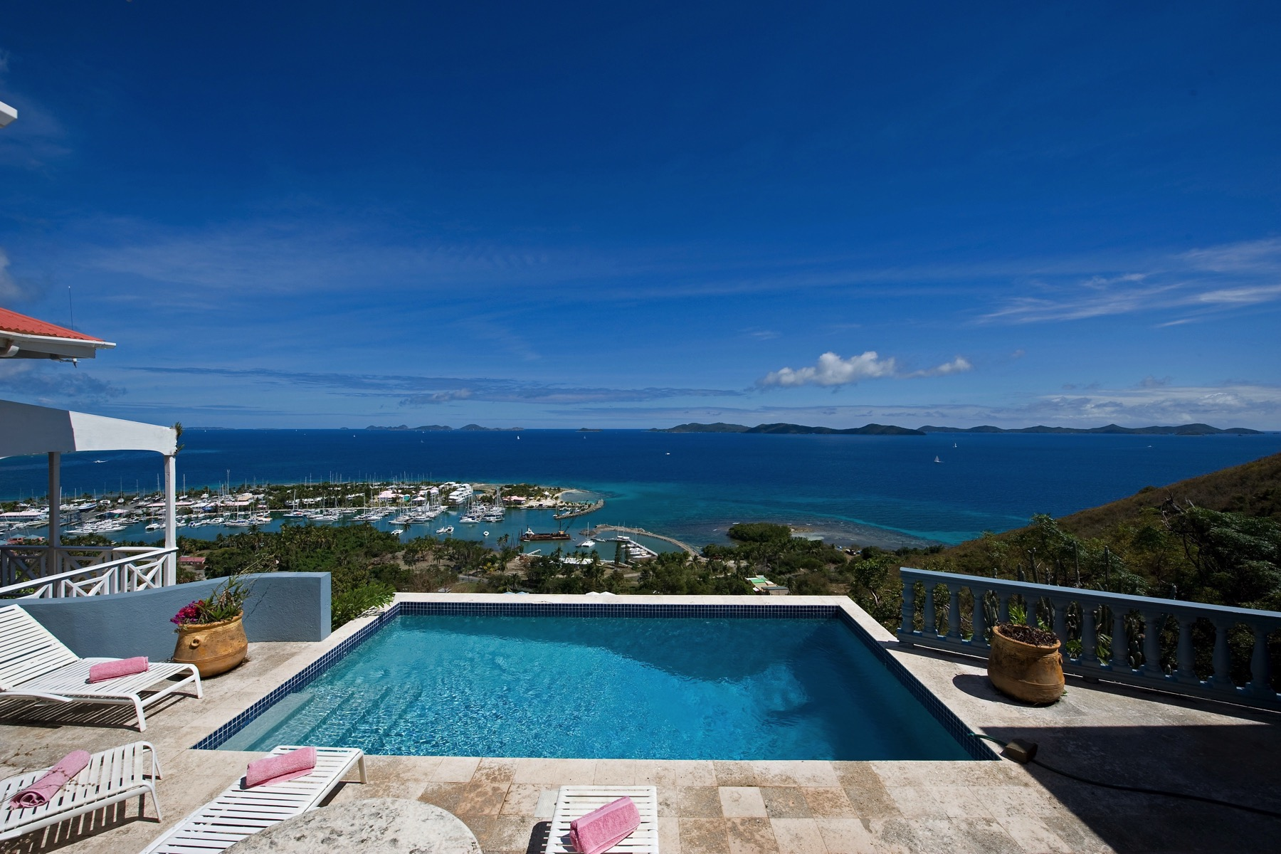 واحد منزل الأسرة للـ Sale في Pelican House Nanny Cay, Tortola British Virgin Islands