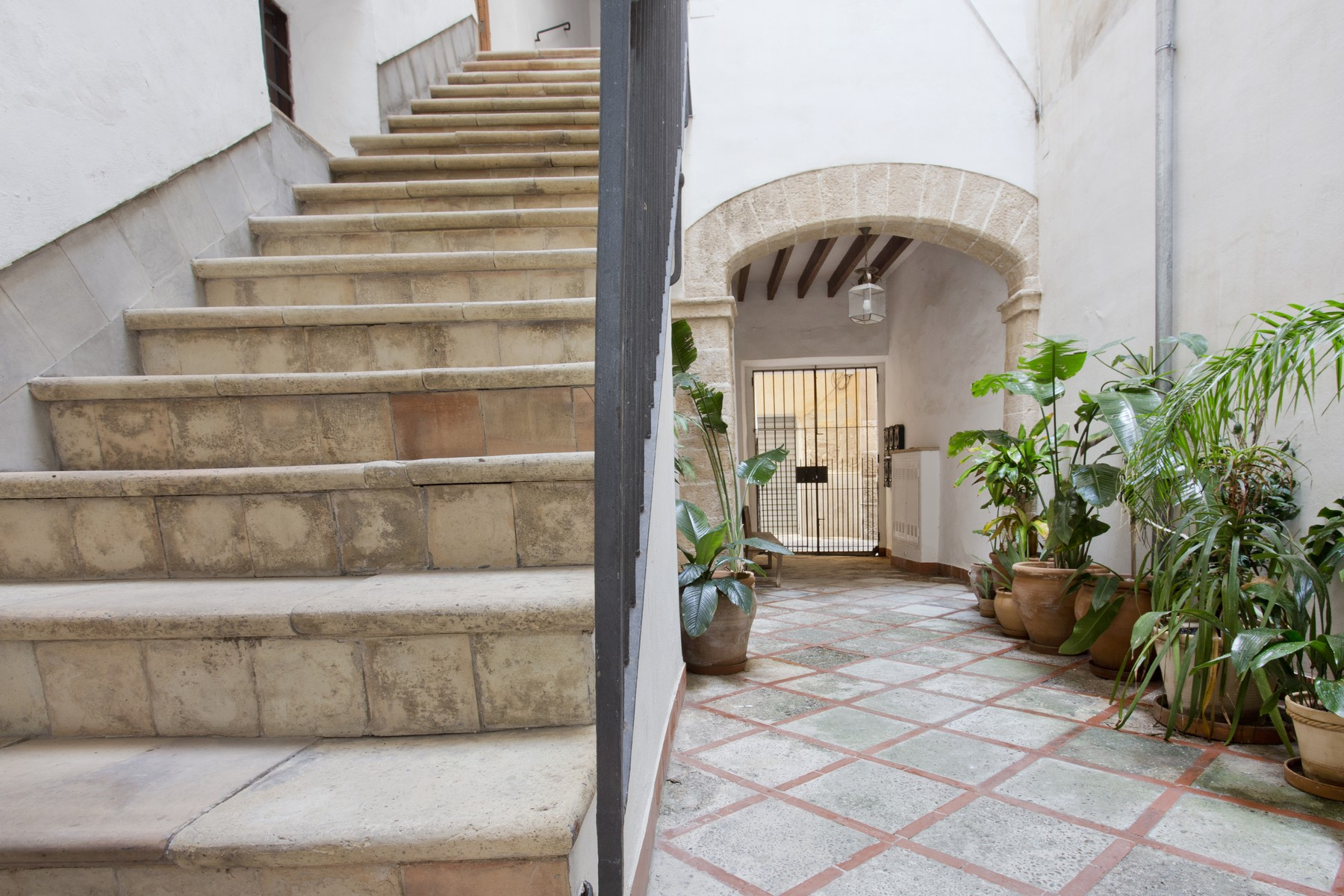 Single Family Home for Sale at Apartment in the Old Town of Palma Palma Center, Mallorca, 07012 Spain