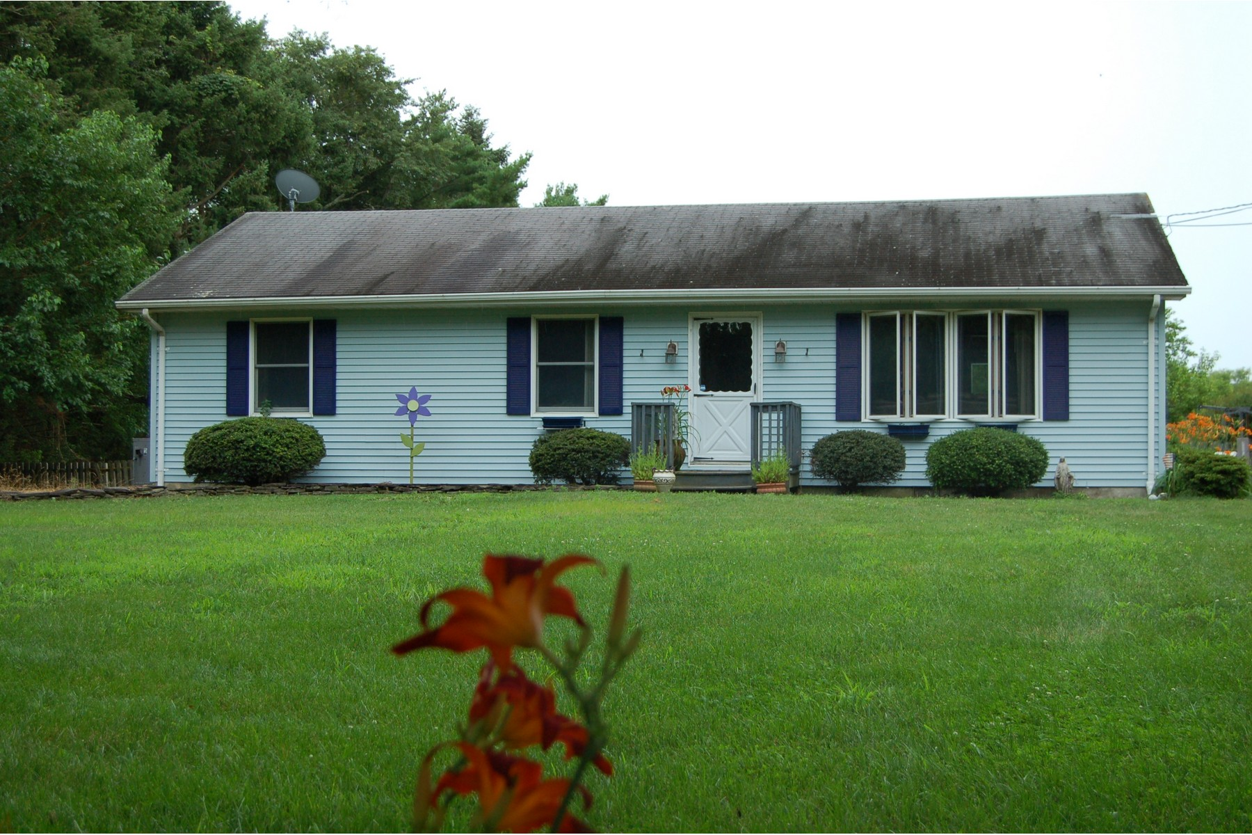 Single Family Home for Sale at Dennis Township Single Family 201 Landing Road Clermont, New Jersey 08210 United States