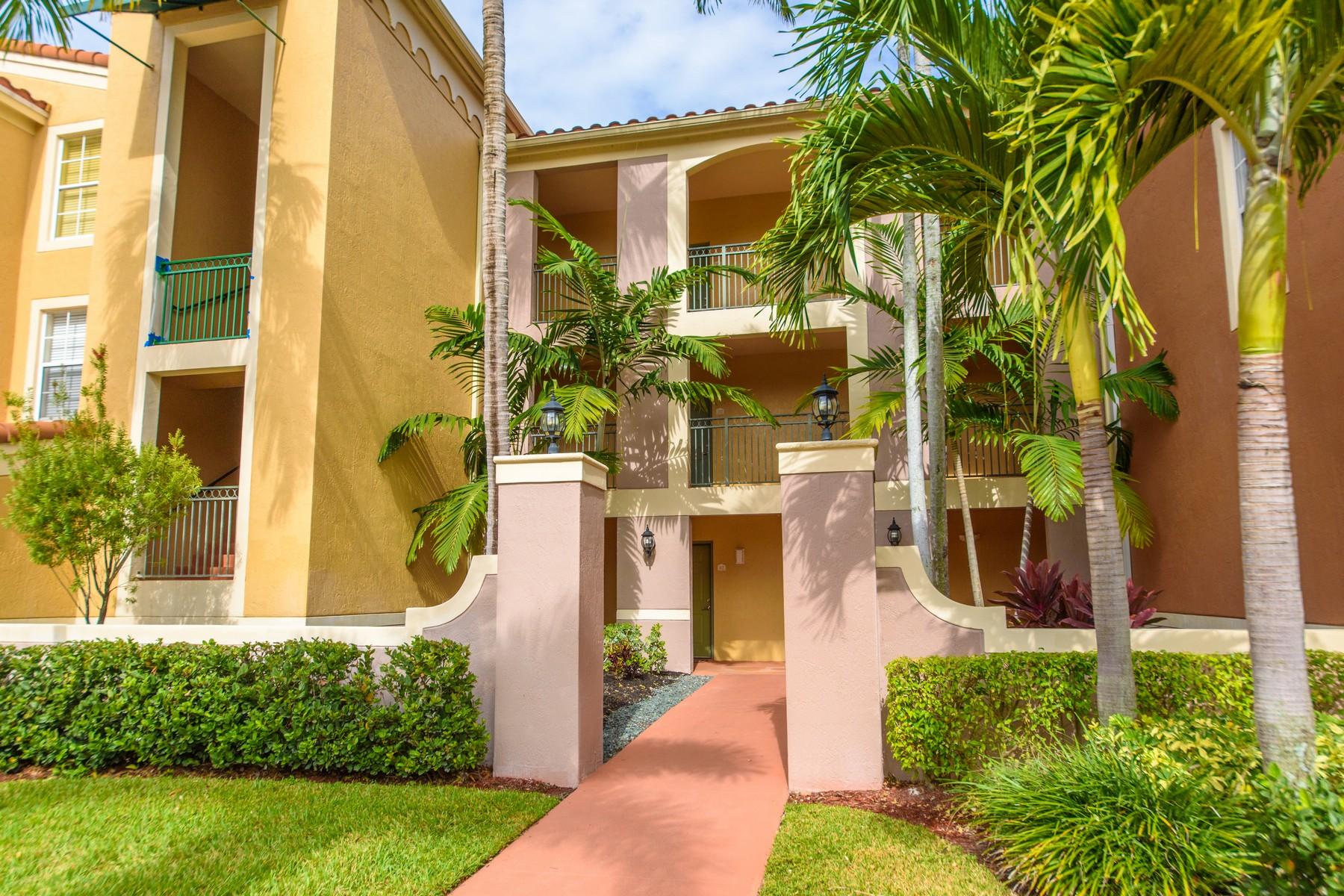 Vivienda unifamiliar por un Venta en 11790 St. Andrews 303 11790 St. Andrews Place #303 Wellington, Florida, 33414 Estados Unidos