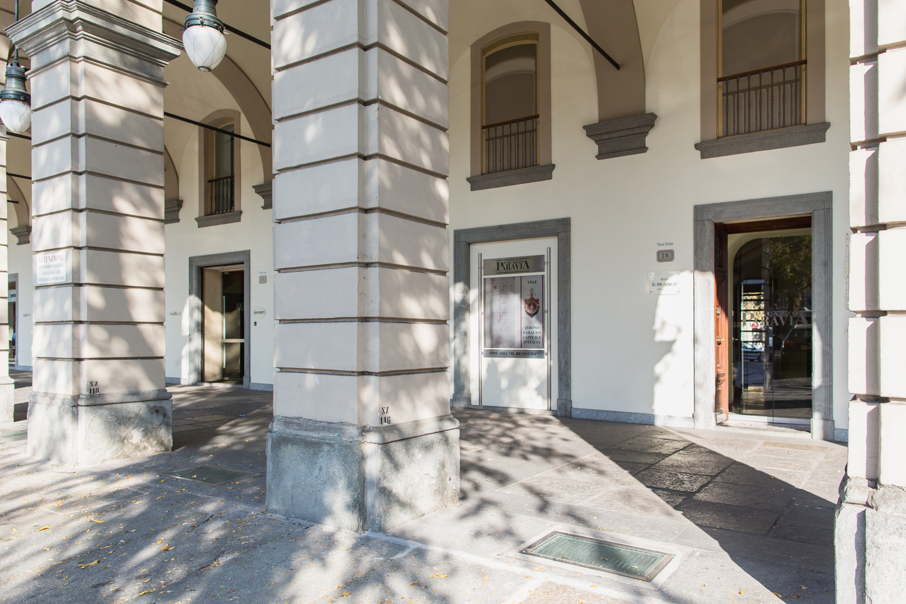Additional photo for property listing at Prestigius Office in Palazzo Paravia Piazza Statuto Turin, Turin 10122 Italia