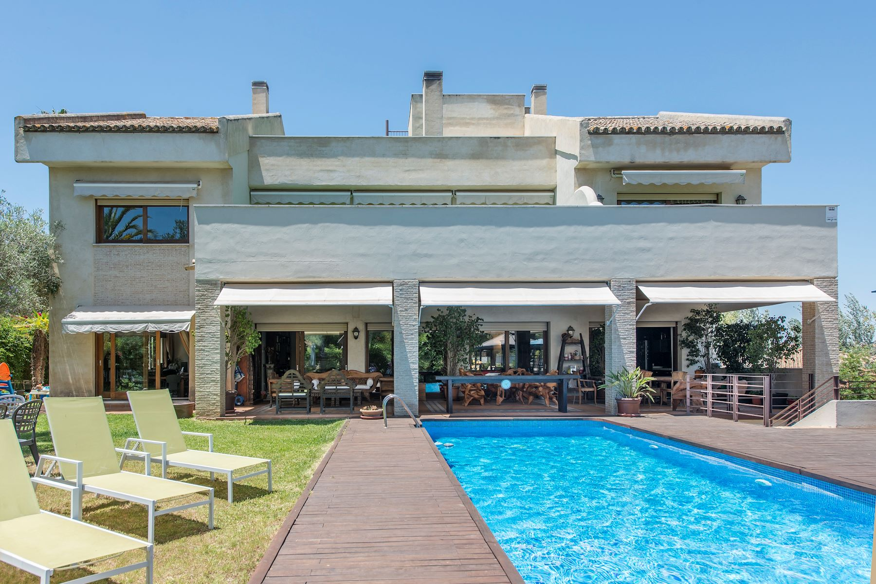 Single Family Home for Sale at Superb villa in Seville Other Andalucia, Andalucia, Spain