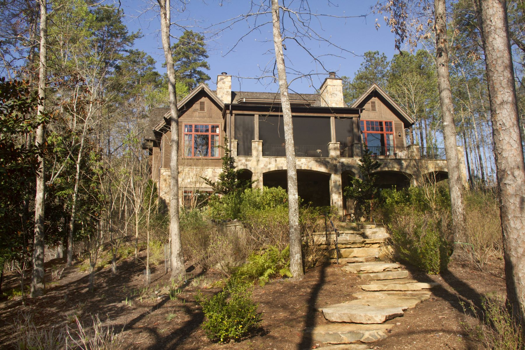 Maison unifamiliale pour l Vente à Waterfront Estate with Charm, Comfort, Convenience & Privacy 214 Creek Stone Court The Cliffs At Keowee Springs, Six Mile, Caroline Du Sud, 29682 États-Unis