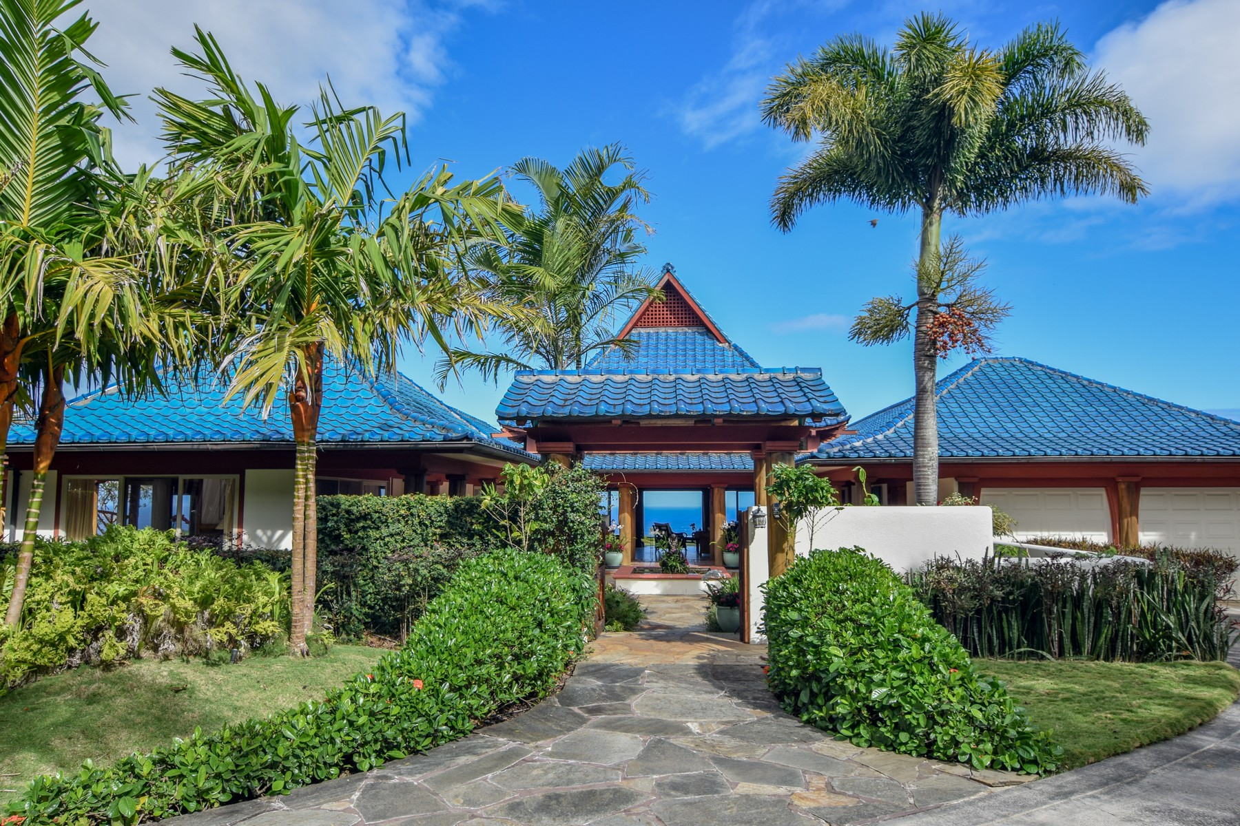 独户住宅 为 销售 在 Ponohouse-Dream Come True of Beautiful, Serene and Private Tropical Lifestyle! 70 Pono Road Haiku, 夏威夷 96708 美国