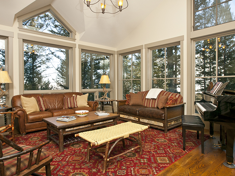 Snow King Contemporary Mountain Retreat