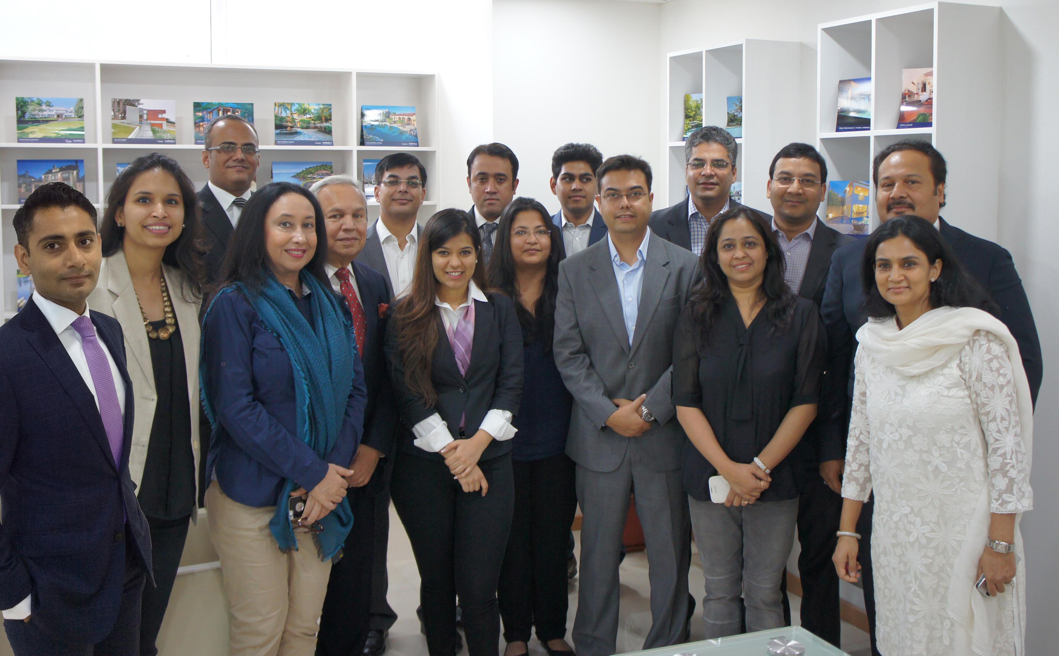 Office 180-b-3892-20073148 Photo