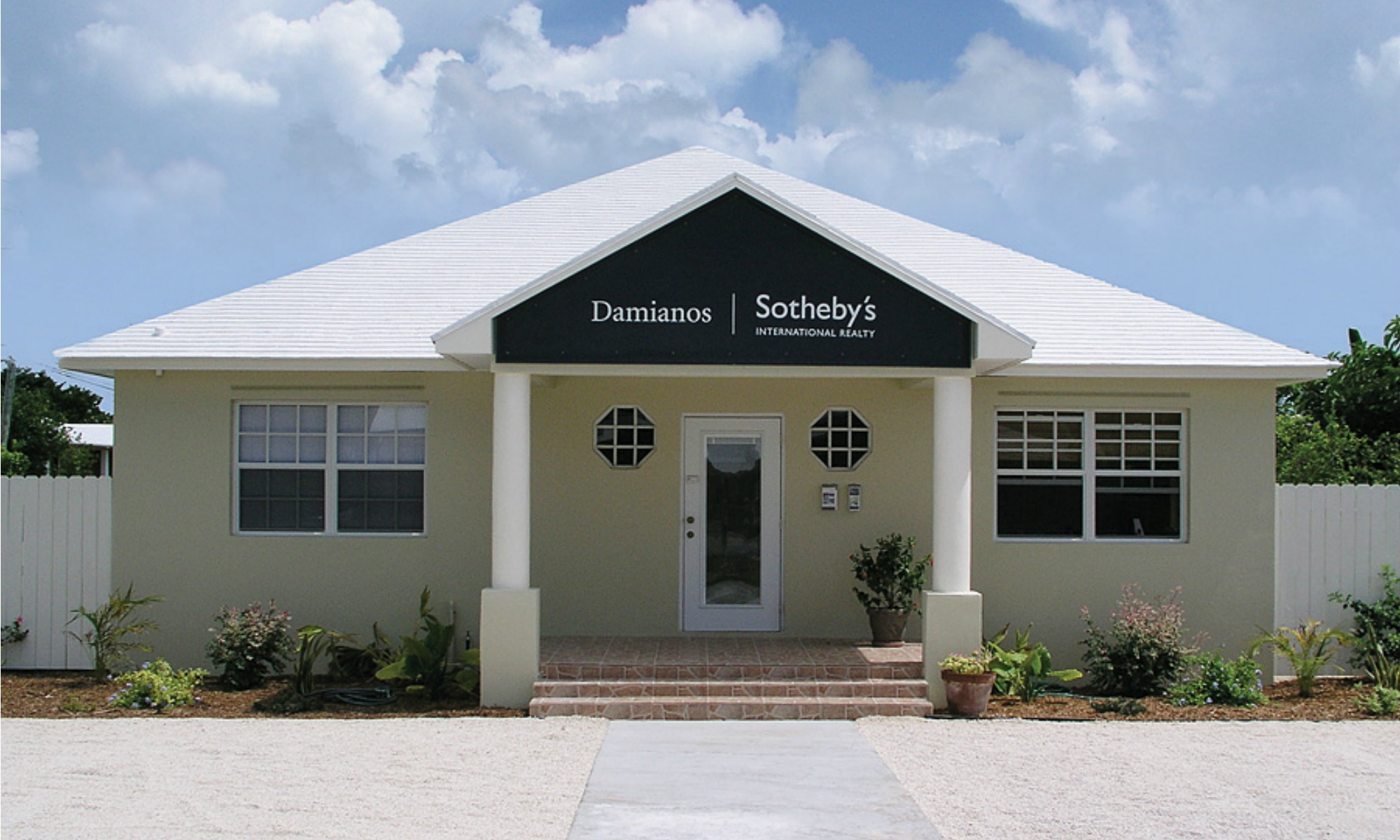 Office Damianos Sotheby's International Realty Photo