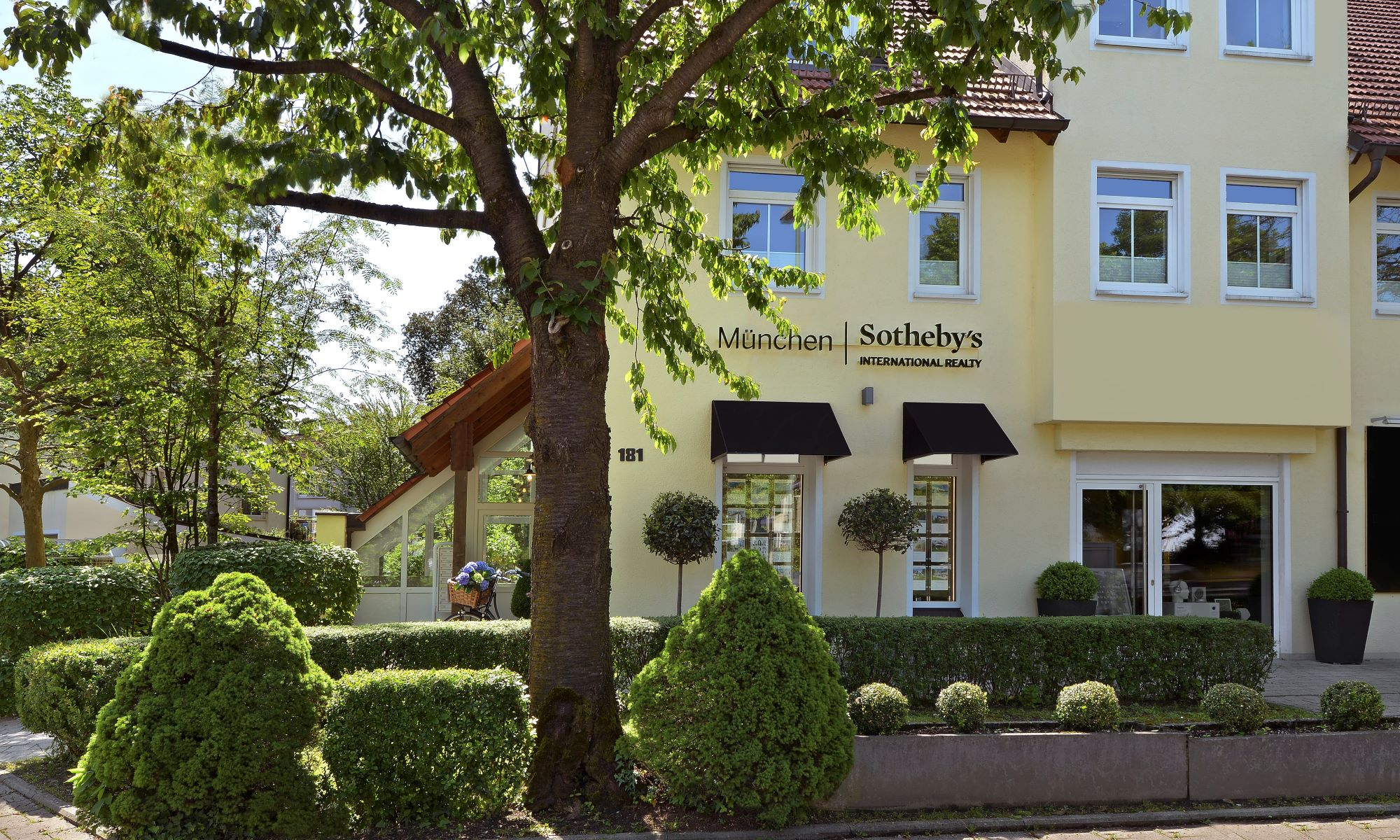Office Munich Sotheby's International Realty Photo