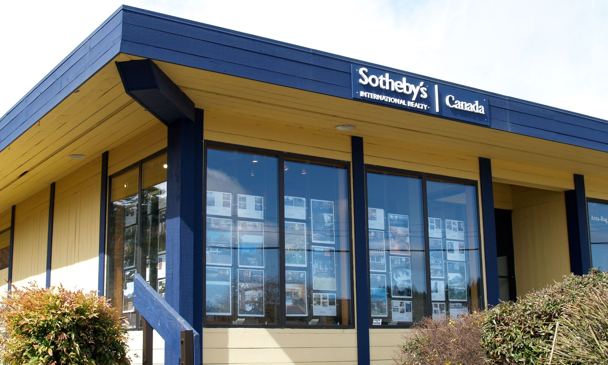 Office Sotheby's International Realty Canada Photo