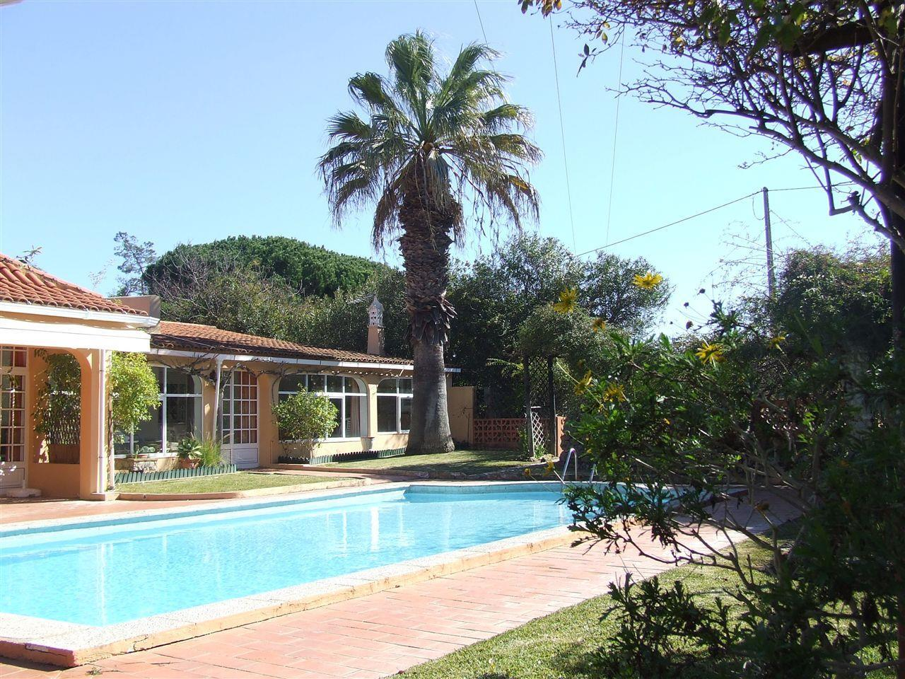 独户住宅 为 销售 在 House, 4 bedrooms, for Sale Loule, Algarve 葡萄牙