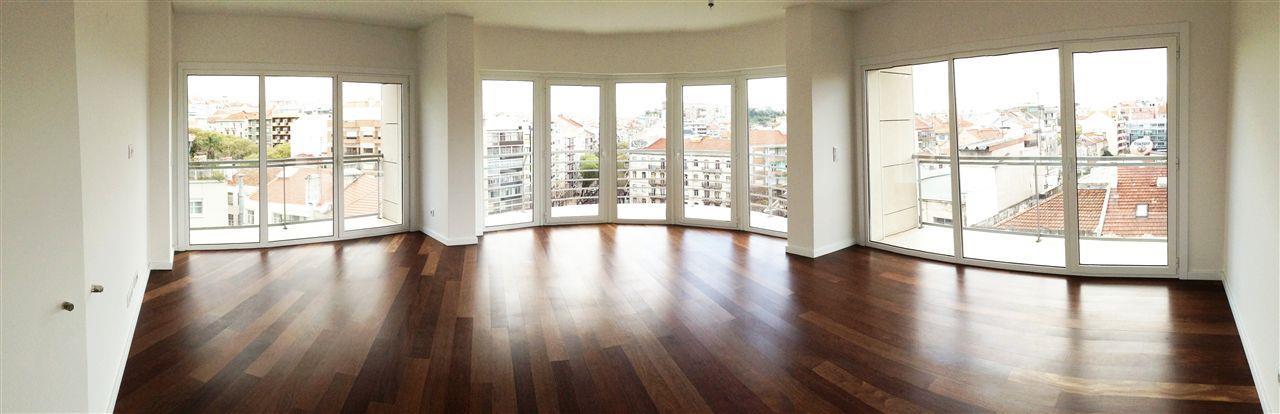 公寓 为 销售 在 Flat, 4 bedrooms, for Sale Lisboa, 葡京 1000-090 葡萄牙