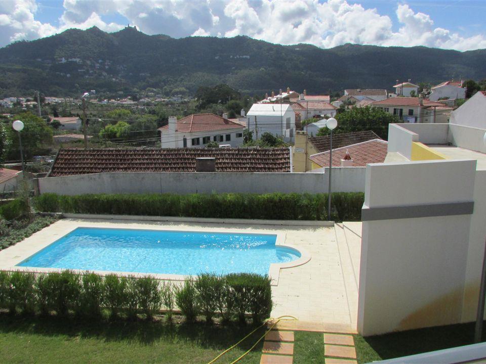 Maison unifamiliale pour l Vente à House, 4 bedrooms, for Sale Sintra, Lisbonne Portugal
