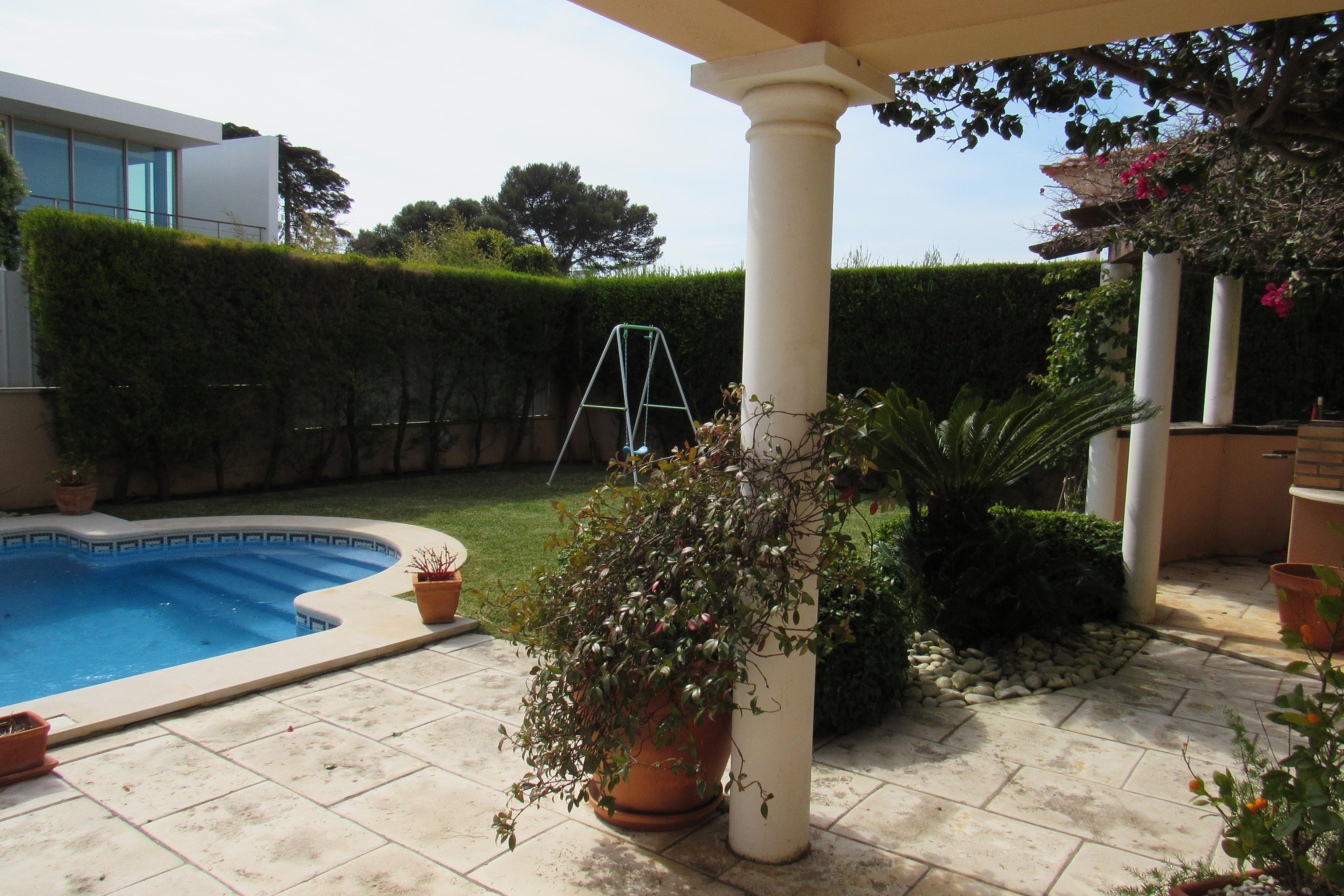 獨棟家庭住宅 為 出售 在 Detached house, 5 bedrooms, for Sale Cascais, 葡京, 2750-210 葡萄牙