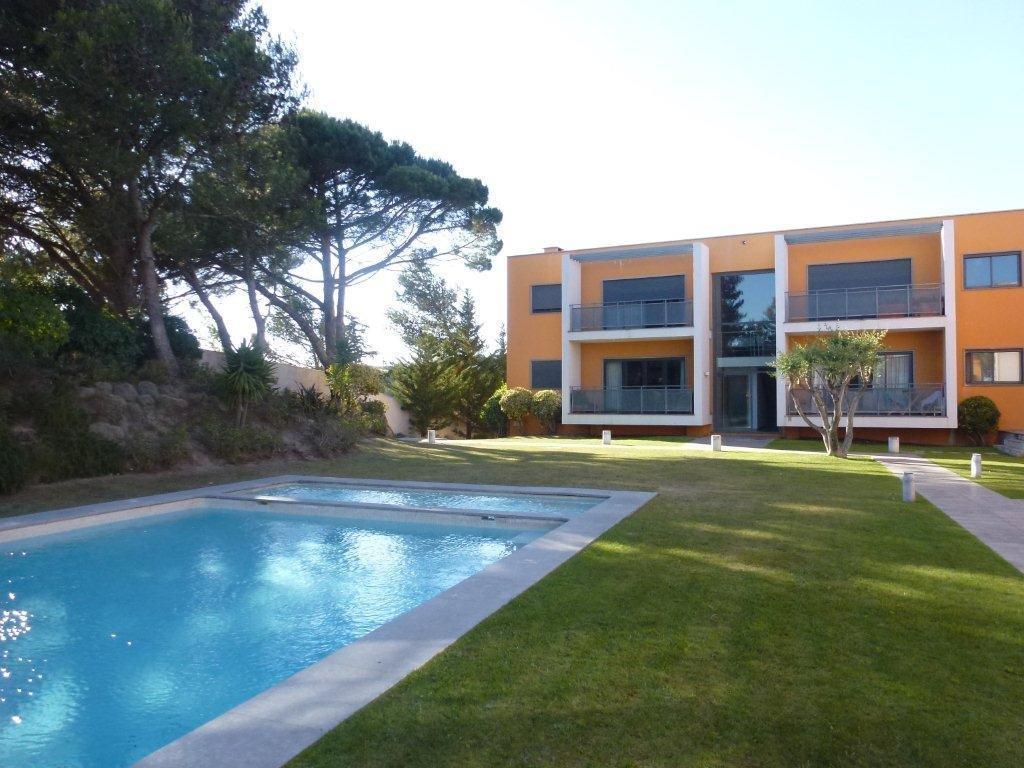 Wohnung für Verkauf beim Flat, 3 bedrooms, for Sale Cascais, Lissabon 2645-575 Portugal