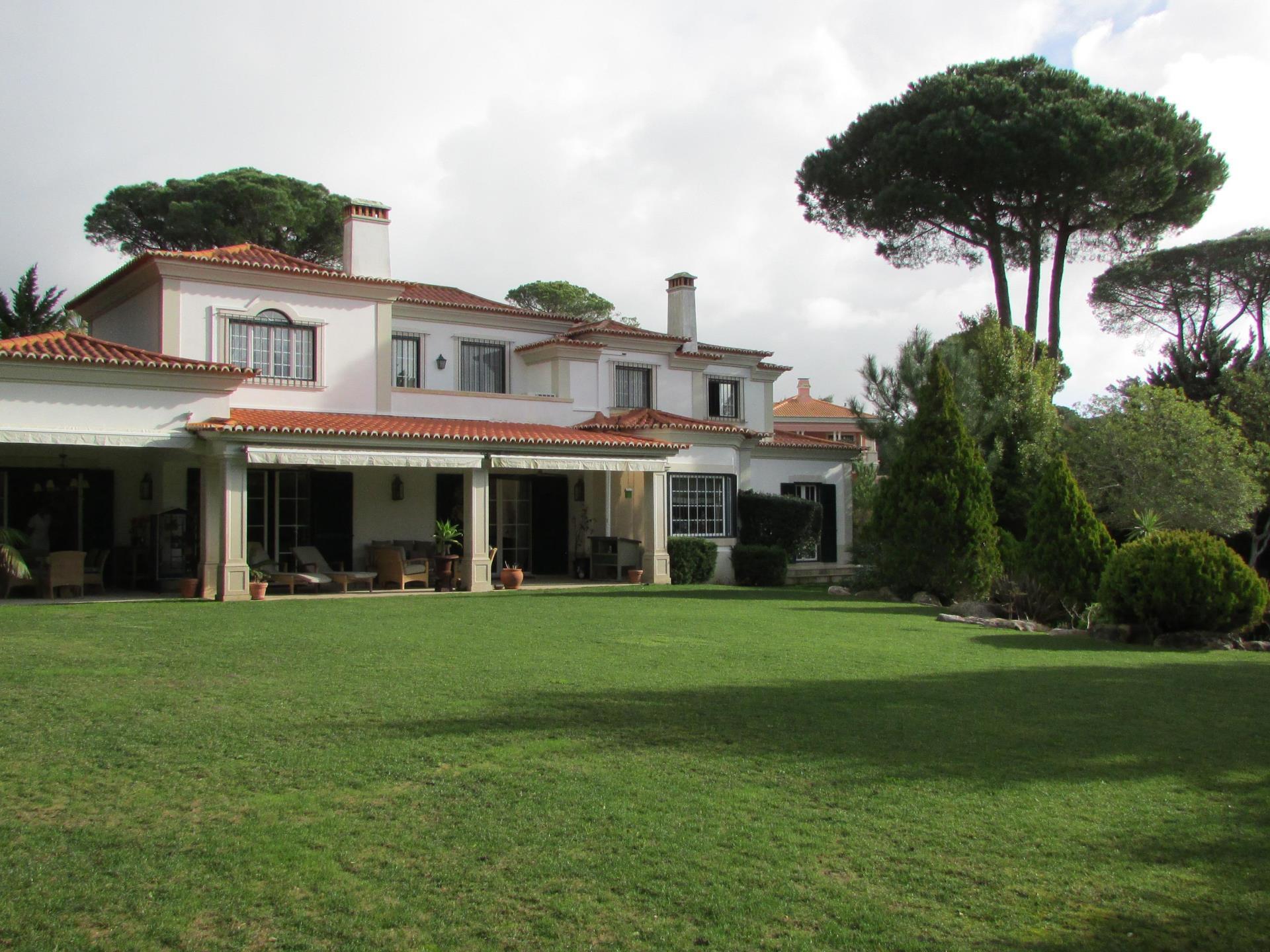 Villa per Vendita alle ore House, 6 bedrooms, for Sale Quinta Patino, Cascais, Lisbona Portogallo