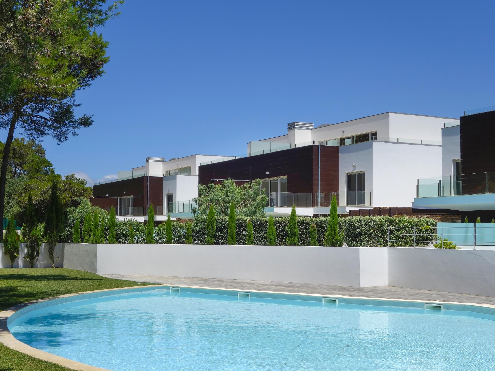 Apartamento para Venda às Flat, 4 bedrooms, for Sale Bicuda, Cascais, Lisboa Portugal