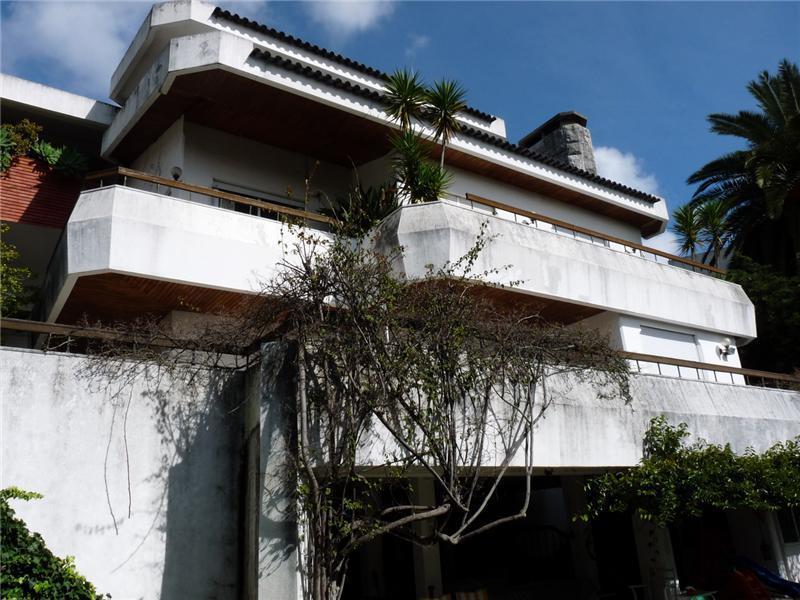 Casa para uma família para Venda às House, 6 bedrooms, for Sale Queijas, Oeiras, Lisboa Portugal