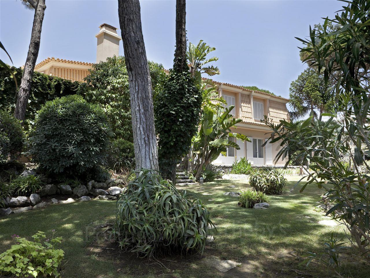Single Family Home for Sale at House, 9 bedrooms, for Sale Cascais, Lisboa Portugal