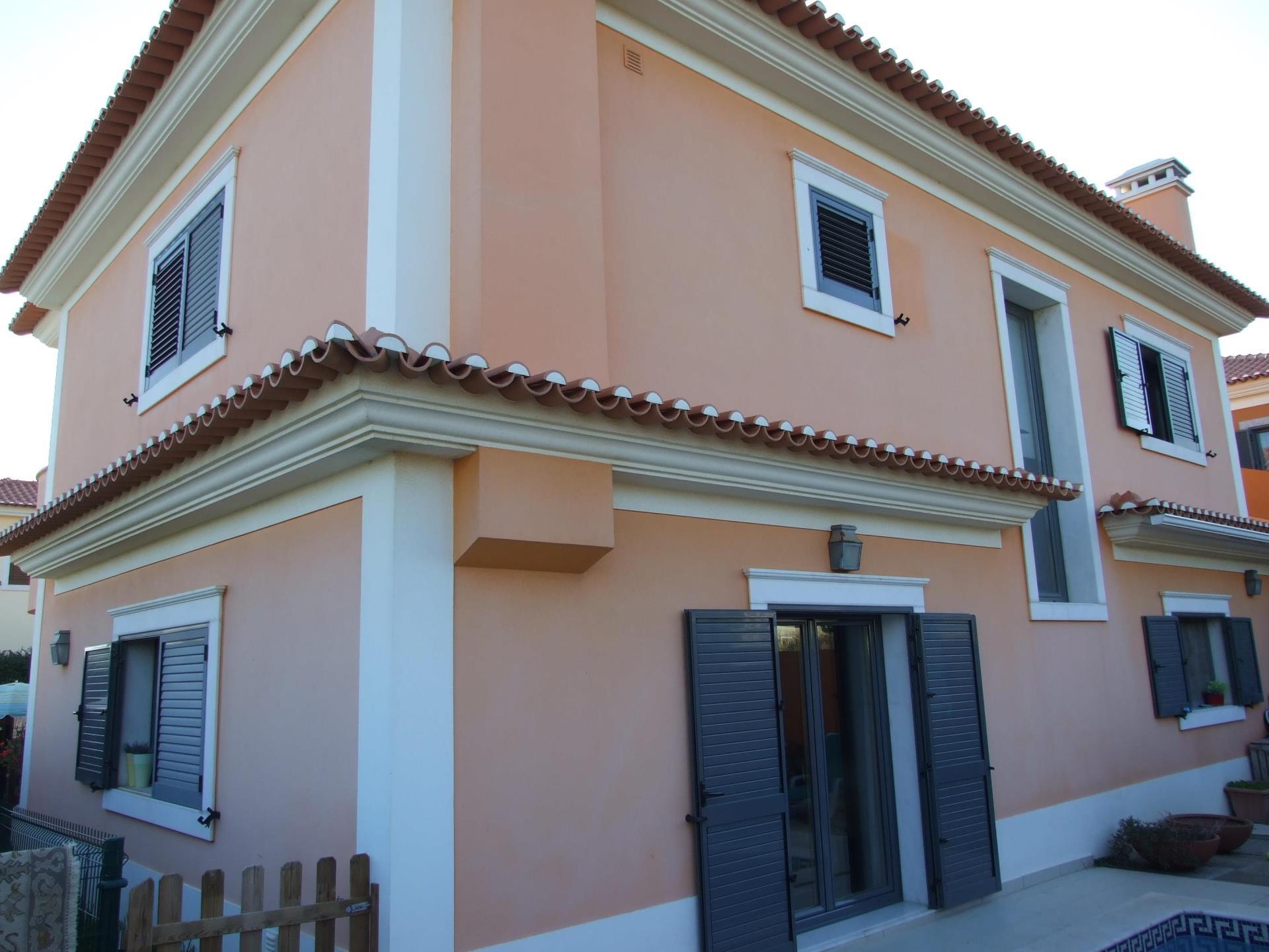Частный односемейный дом для того Продажа на House, 4 bedrooms, for Sale Murches, Cascais, Лиссабон Португалия