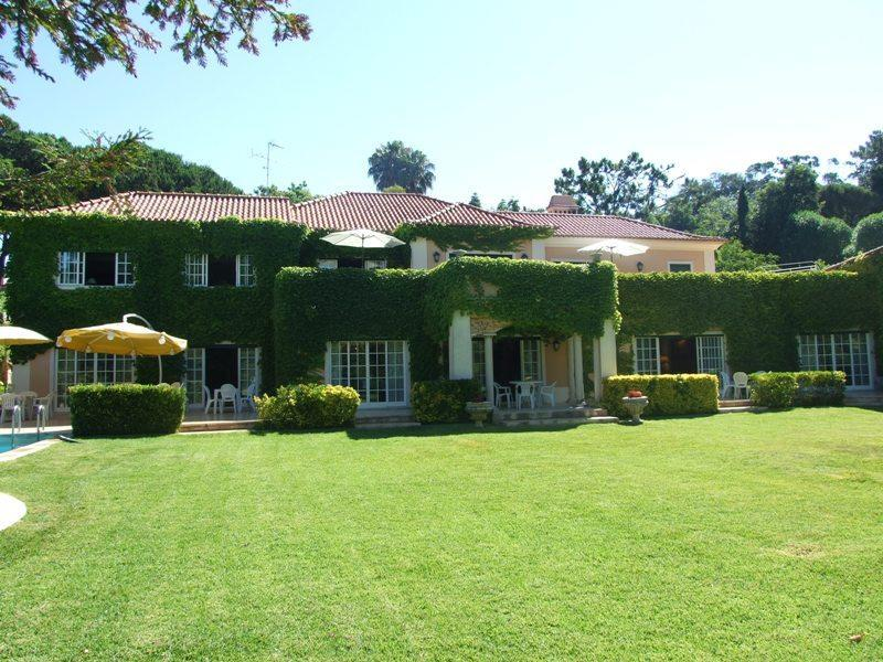 Vivienda unifamiliar por un Venta en House, 7 bedrooms, for Sale Cascais, Lisboa 2765-121 Portugal