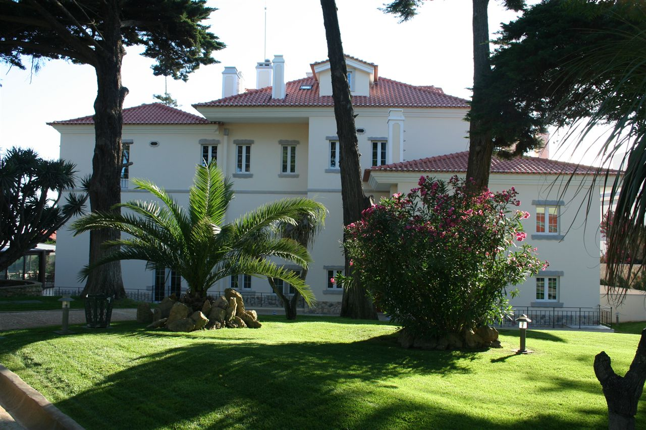 Single Family Homes for Sale at House, 8 bedrooms, for Sale Parede, Cascais, Lisboa Portugal