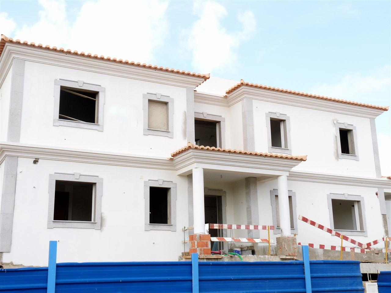 Tek Ailelik Ev için Satış at House, 5 bedrooms, for Sale Loule, Algarve 8125-307 Portekiz