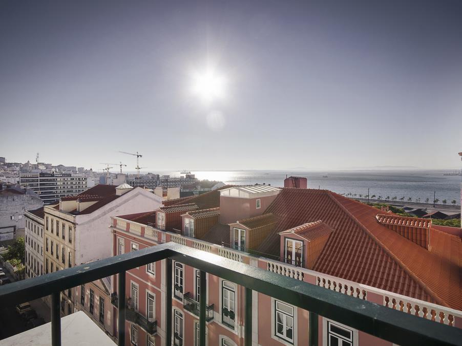 Căn hộ vì Bán tại Flat, 3 bedrooms, for Sale Lisboa, Lisboa Bồ Đào Nha