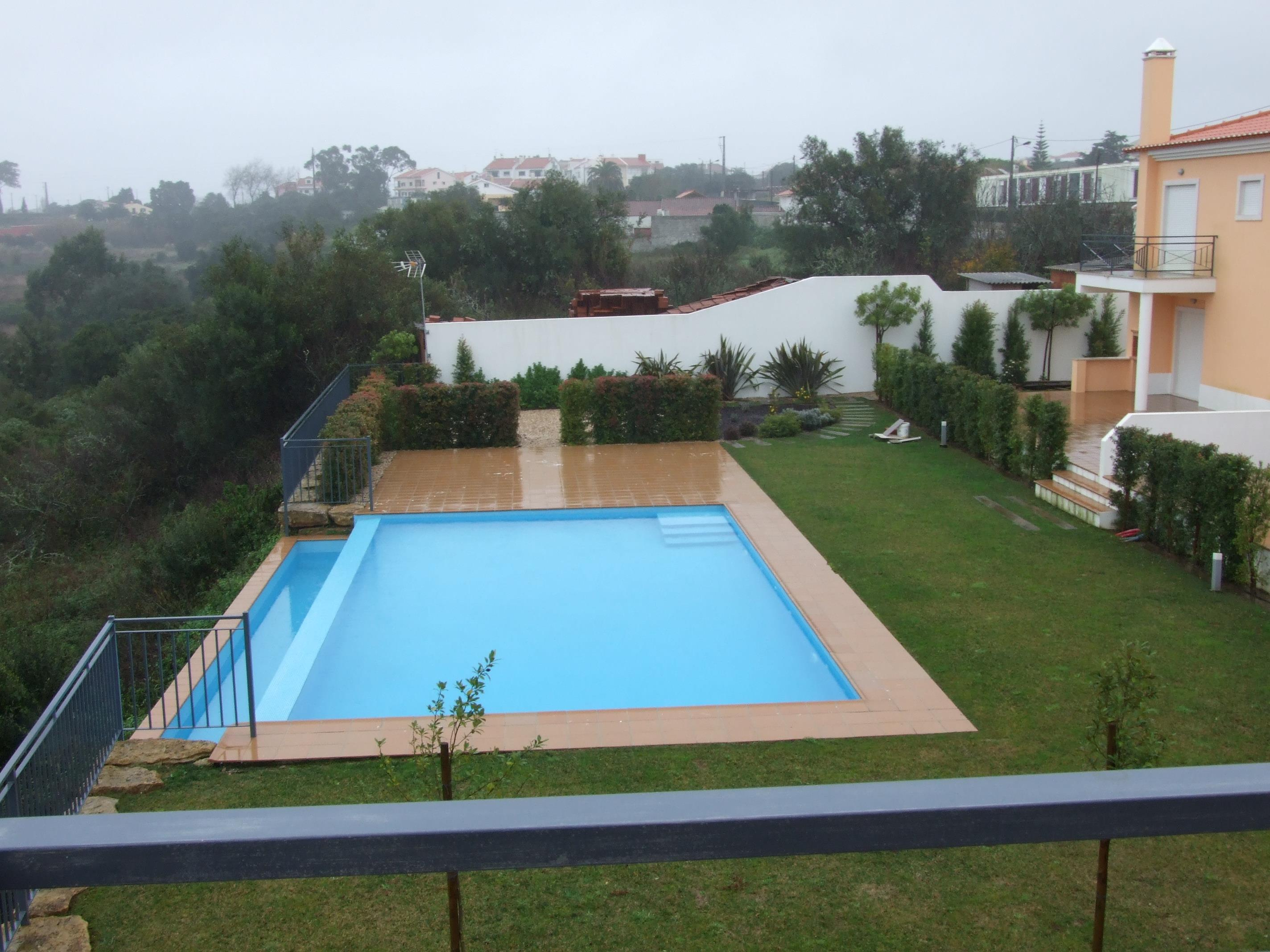 Single Family Home for Sale at House, 4 bedrooms, for Sale Sintra, Lisboa, 2710-354 Portugal