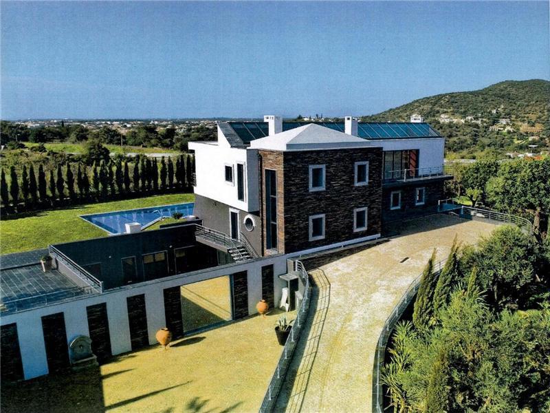Moradia para Venda às House, 4 bedrooms, for Sale Loule, Algarve Portugal