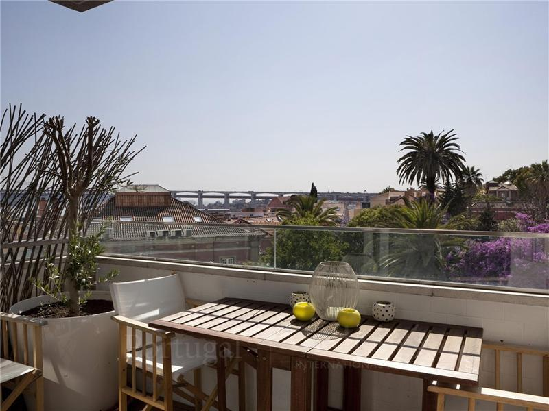 Apartment for Sale at Flat, 5 bedrooms, for Sale Lisboa, Lisboa Portugal