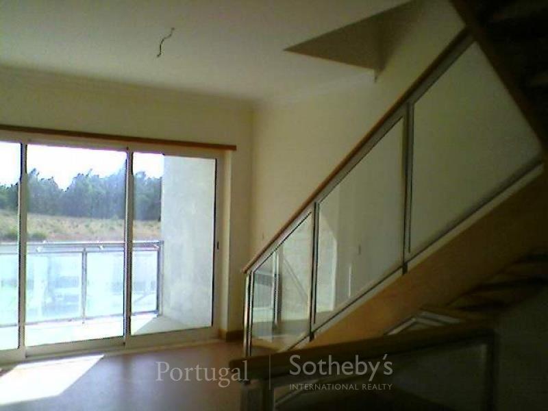 Einfamilienhaus für Verkauf beim House, 3 bedrooms, for Sale Alcabideche, Cascais, Lissabon Portugal