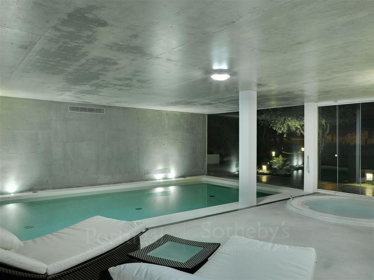 Частный односемейный дом для того Продажа на House, 5 bedrooms, for Sale Sintra, Лиссабон Португалия