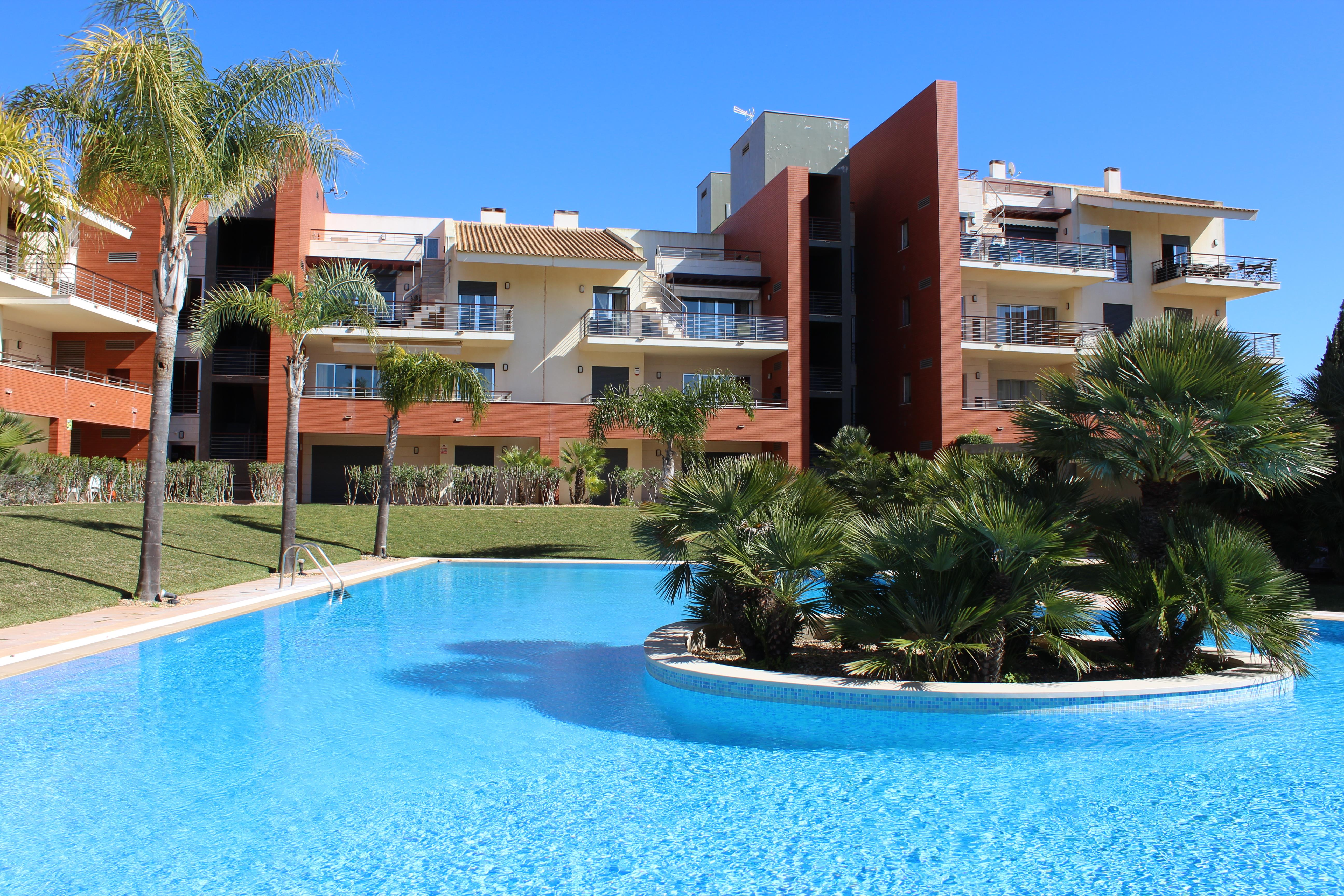 Apartment for Sale at Flat, 3 bedrooms, for Sale Loule, Algarve 8125-426 Portugal