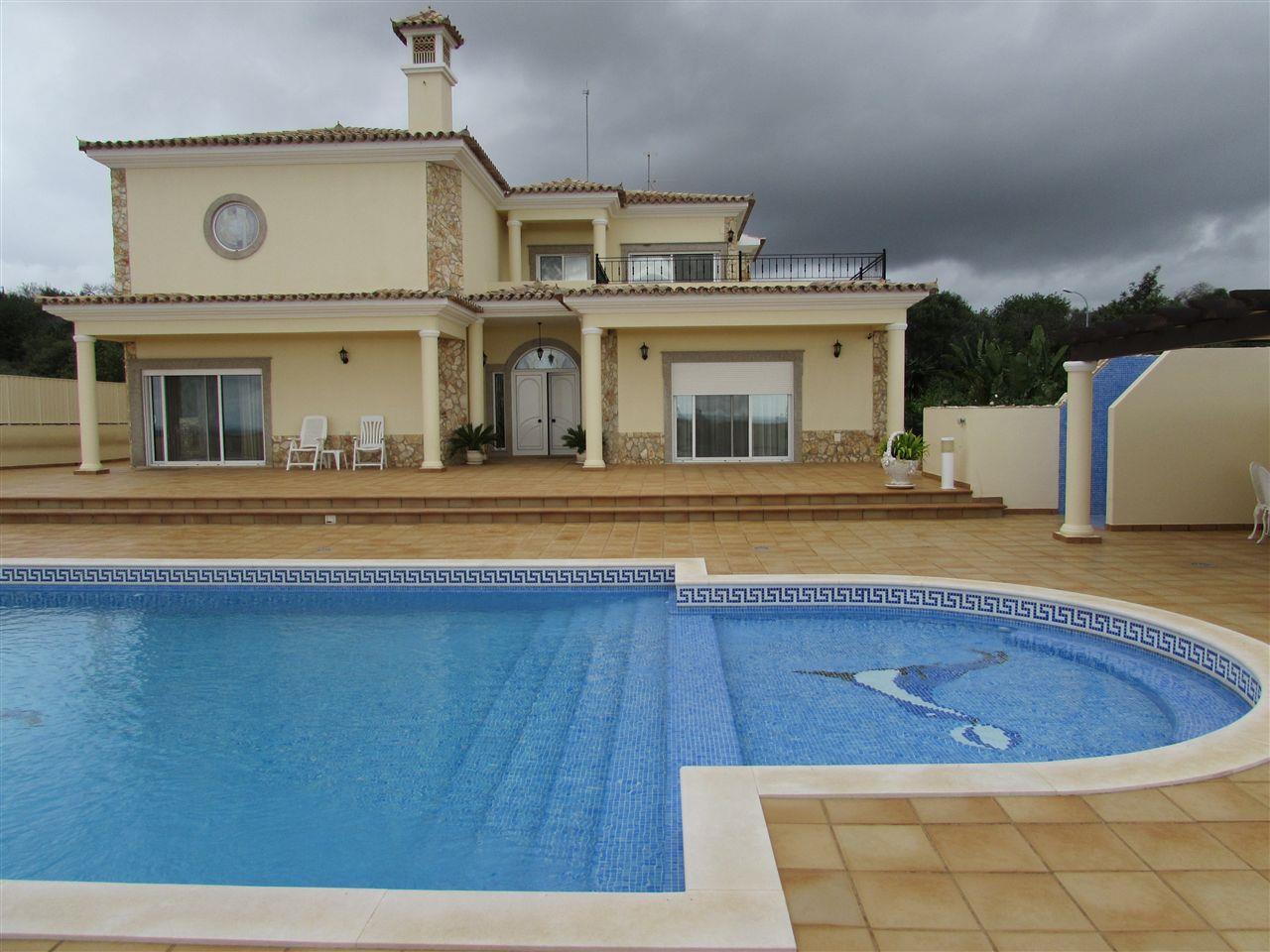 一戸建て のために 売買 アット Detached house, 3 bedrooms, for Sale Faro, Algarve ポルトガル